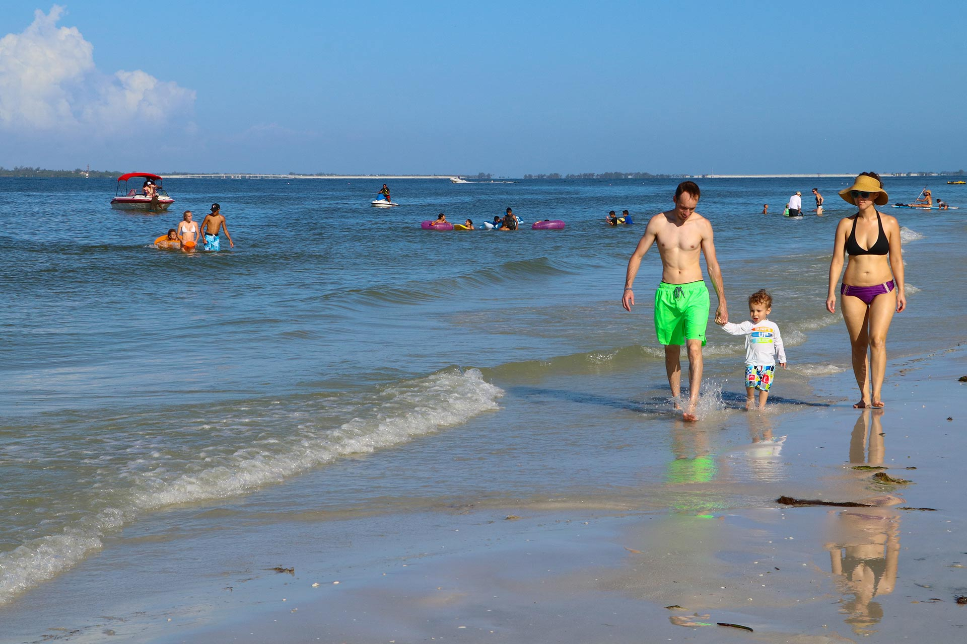 10 Fantastic Cheap Summer Vacation Ideas For Families 10 best cheap florida family vacations family vacation critic 2021