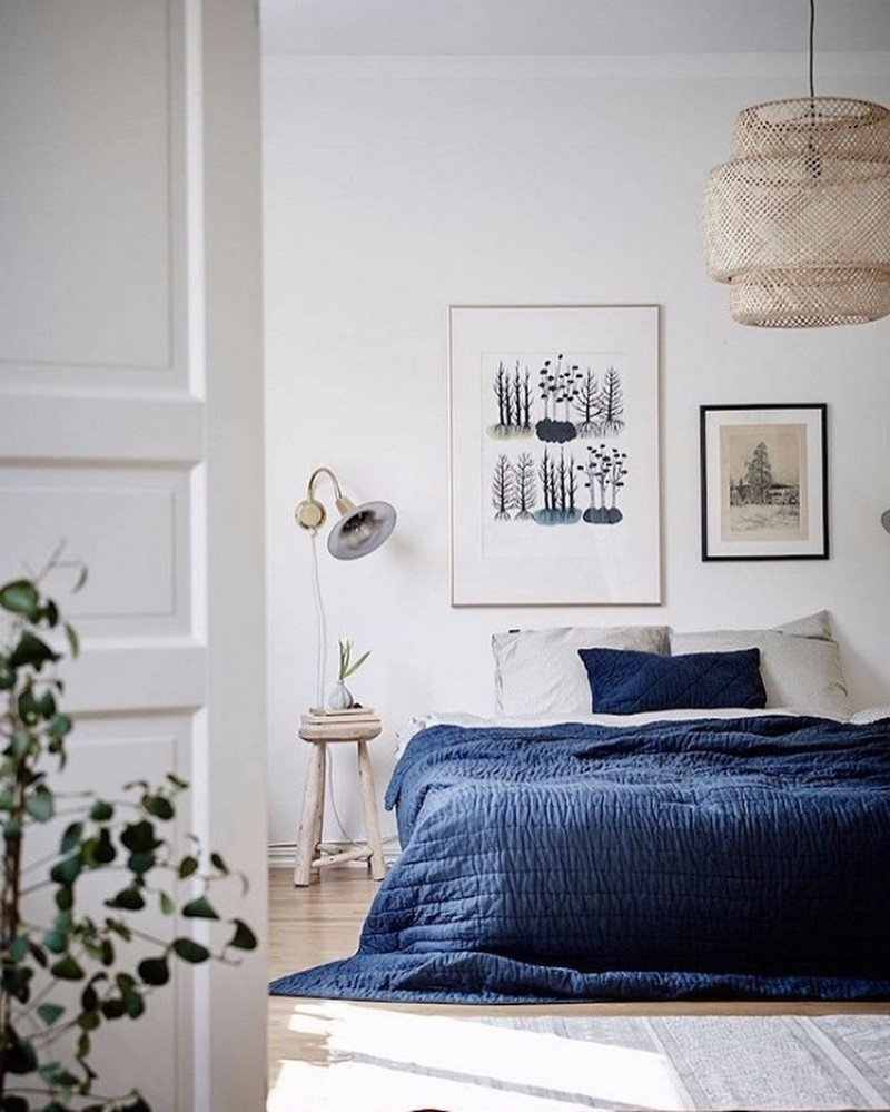 10 Stylish Blue And White Bedroom Ideas 10 charming navy blue bedroom ideas master bedroom ideas 2020