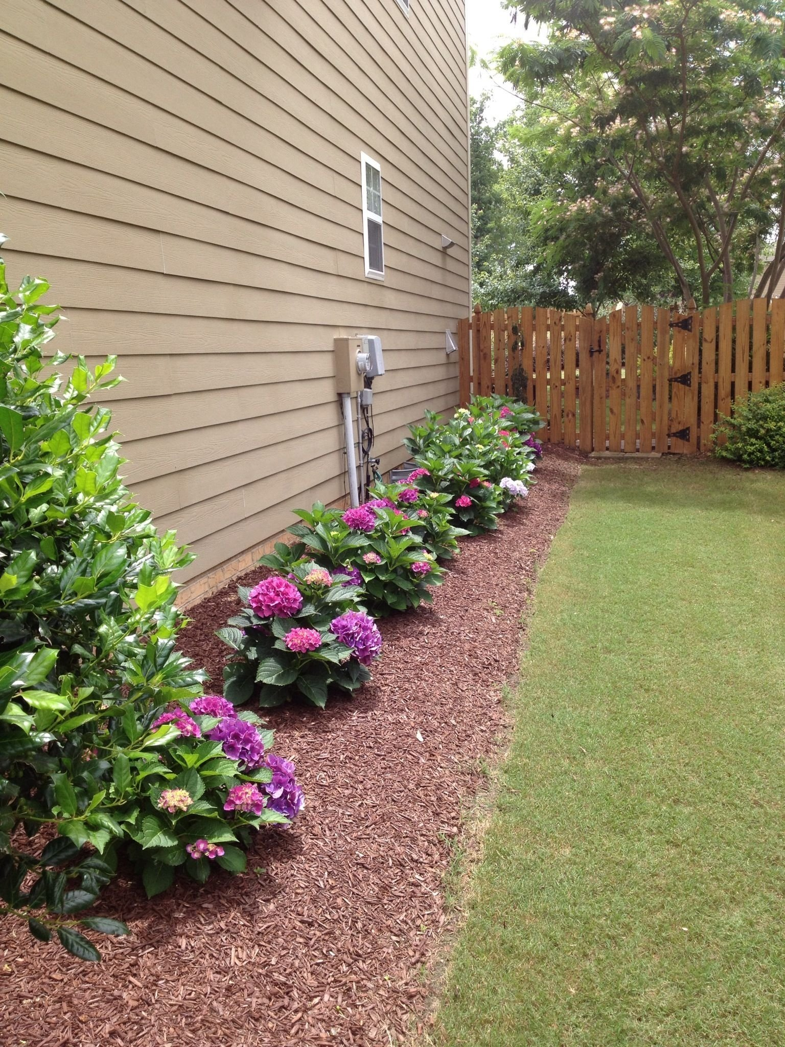 10 cheap but creative ideas for your garden 4 | side yard