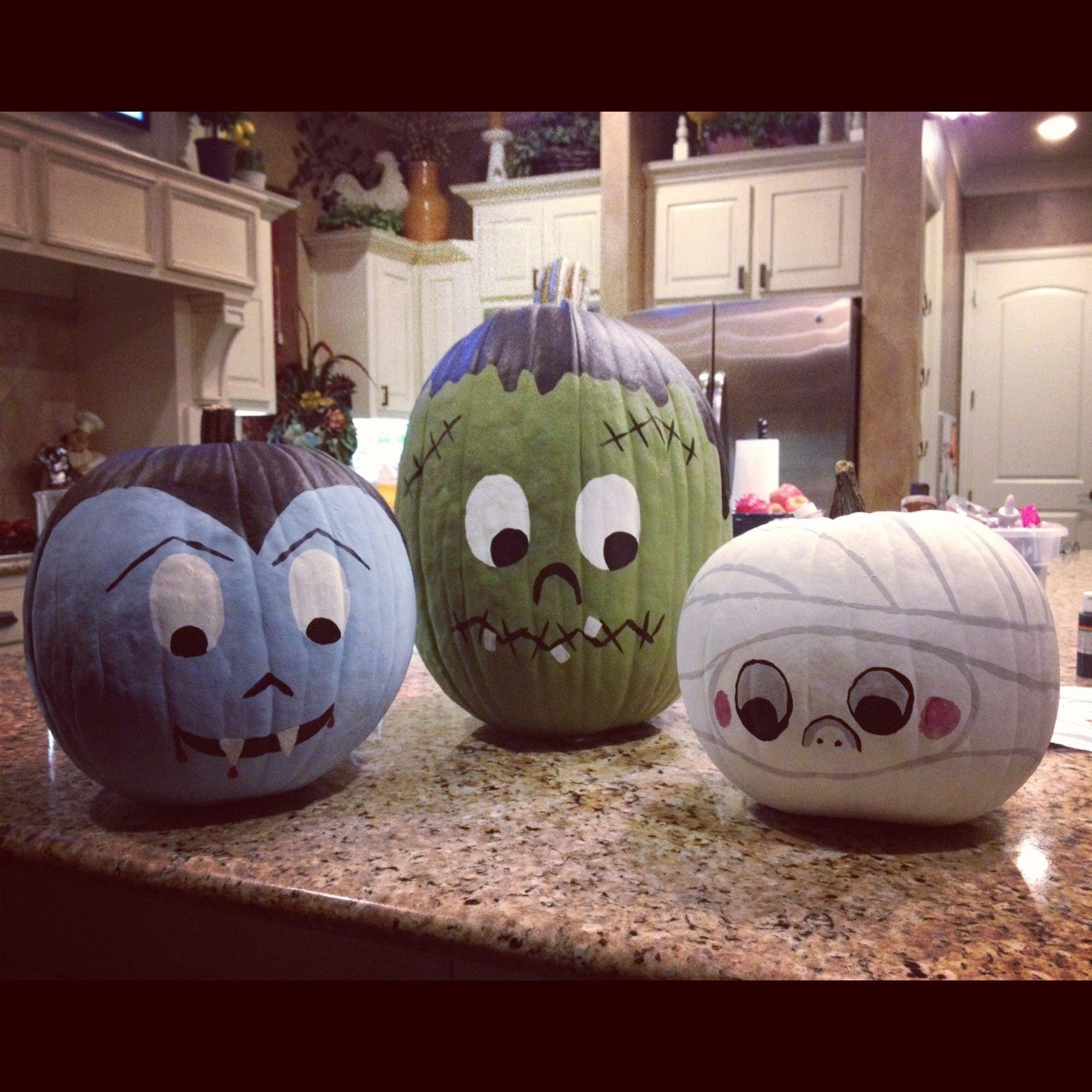 10 Elegant Pumpkin Painting Ideas For Kids 10 cute spooky and fun diy painted pumpkin ideas paintings 2020