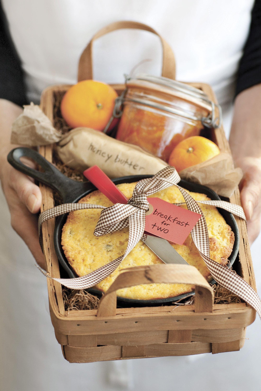 10 Fabulous Diy Christmas Gift Basket Ideas 10 diy christmas gift basket ideas how to make your own holiday 3 2020