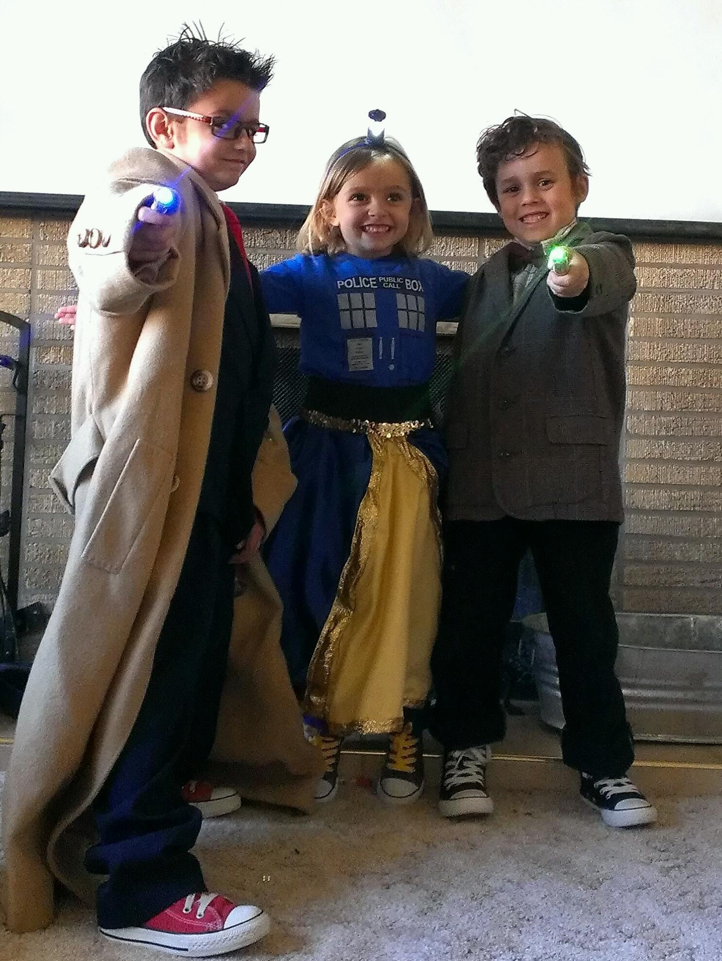 10 great halloween costume ideas for kids, familys & pets