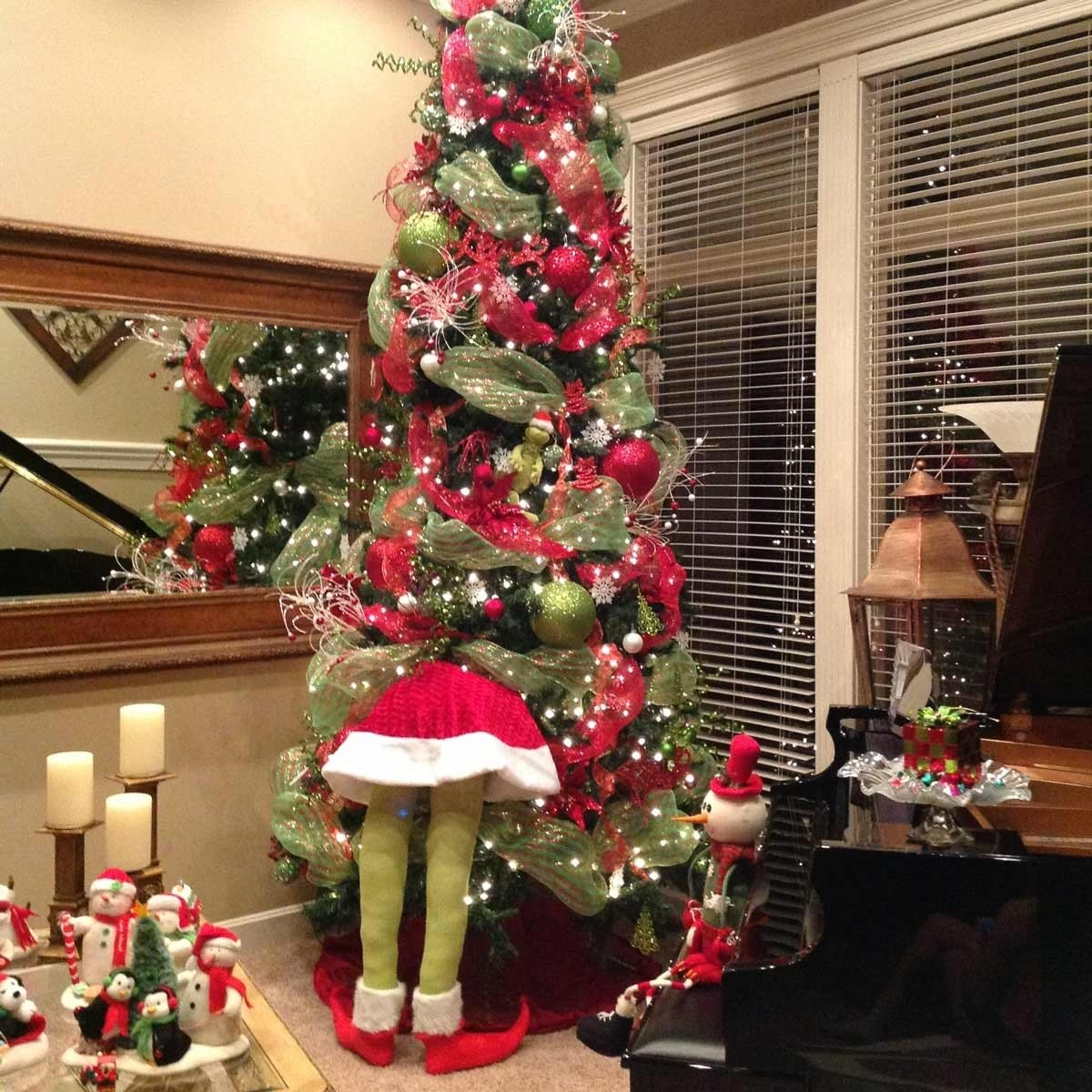 10 Ideal Ideas For Decorating Christmas Trees 100 incredible christmas tree decorating ideas family handyman 1 2020