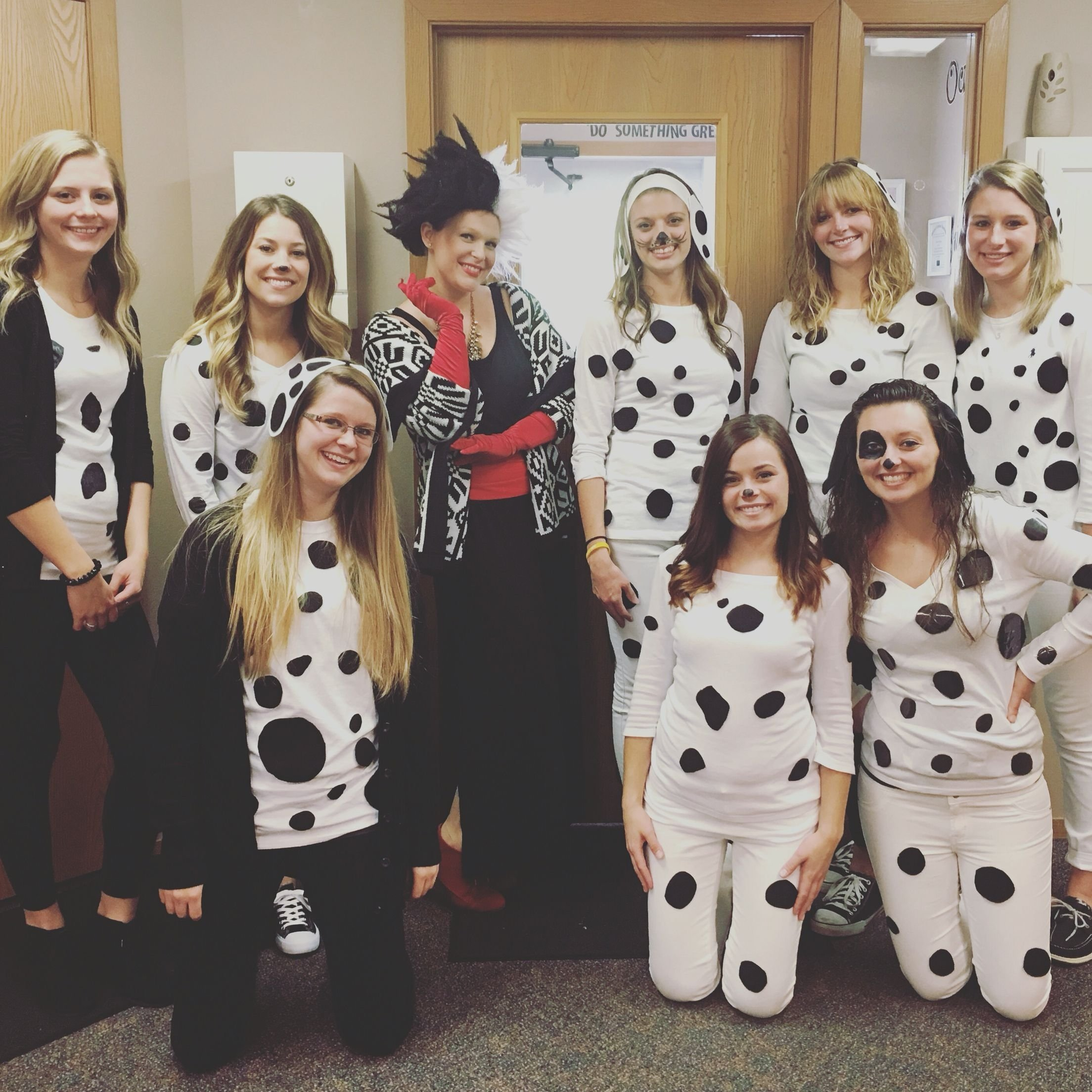 10 Best Group Halloween Costume Ideas For Work 101 dalmation group costume holidays events pinterest 2020