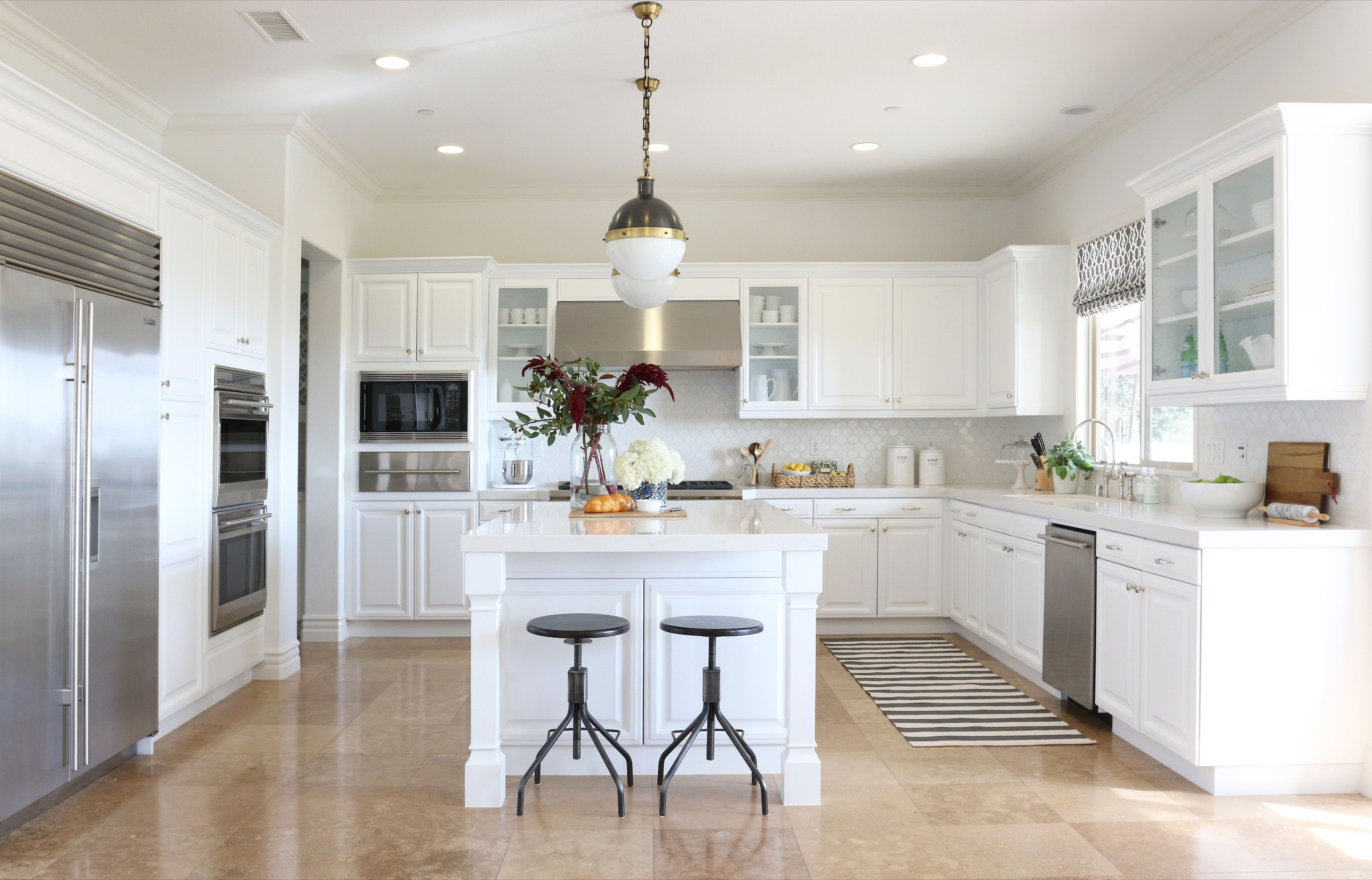10 Gorgeous Kitchen Ideas With White Cabinets 11 best white kitchen cabinets design ideas for white cabinets 2 2020