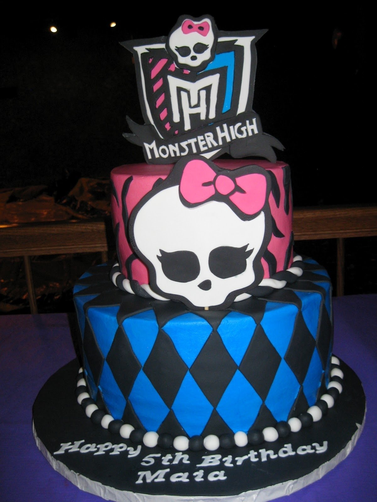 10 Lovable Monster High Birthday Cake Ideas 11 monster higt cakes photo monster high cake monster high 2020