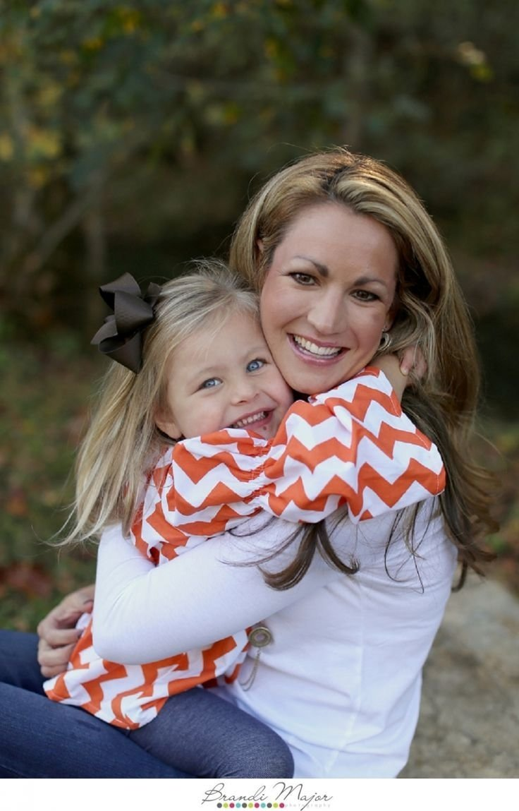 10 Spectacular Mother Daughter Photo Shoot Ideas 12 best mother daughter images on pinterest family pictures 2021