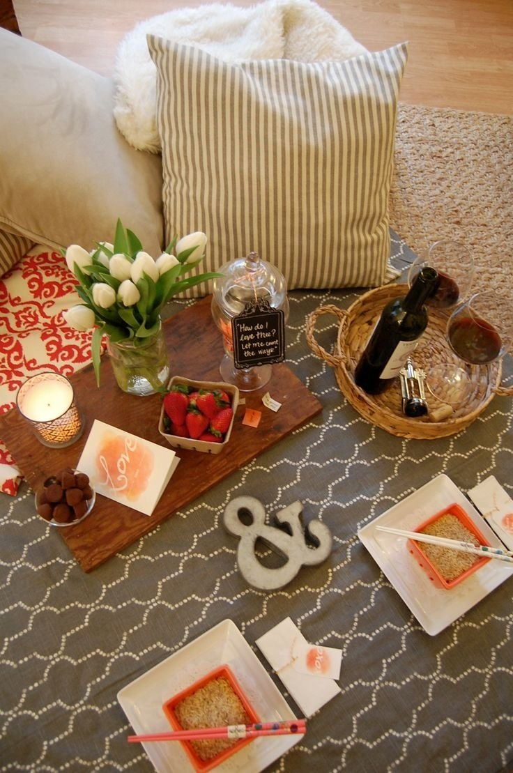 10 Stylish Romantic Picnic Ideas For Him 13 best indoor picnics images on pinterest indoor picnic picnic