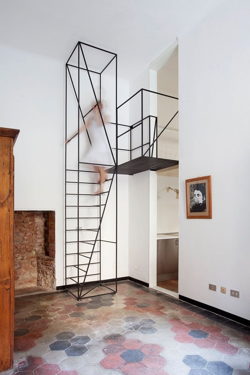 10 Famous Staircase Ideas For Small Spaces 13 stair design ideas for small spaces black staircase small small 2020