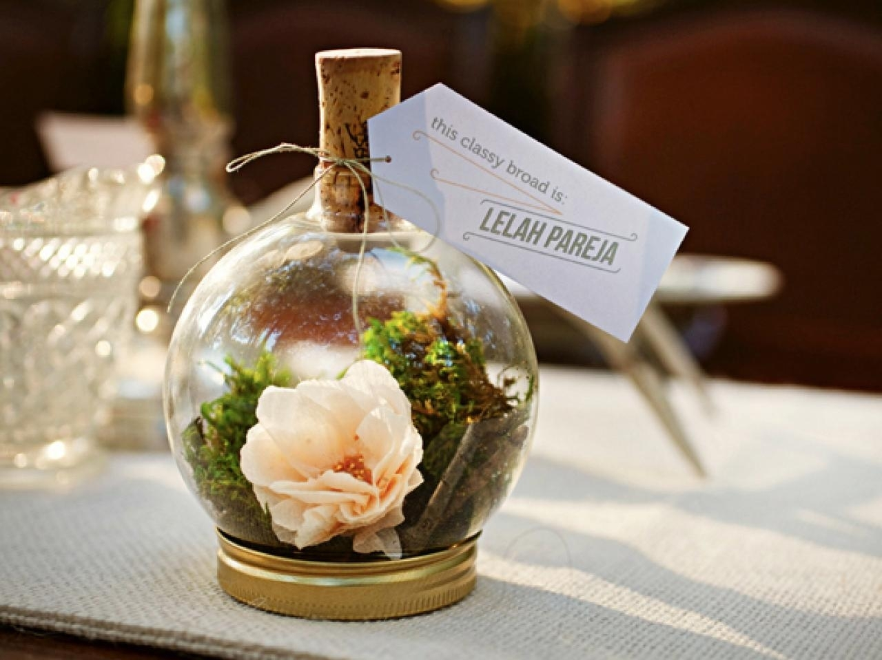 10 Ideal Wedding Gifts For Guests Ideas %name