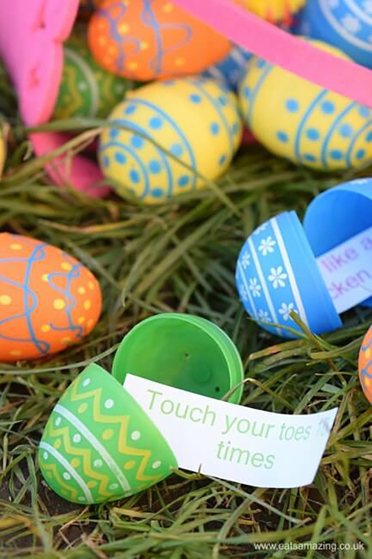 10 Ideal Ideas To Put In Easter Eggs 14 fun easter egg hunt ideas for kids unique easter egg hunt ideas 4 2020