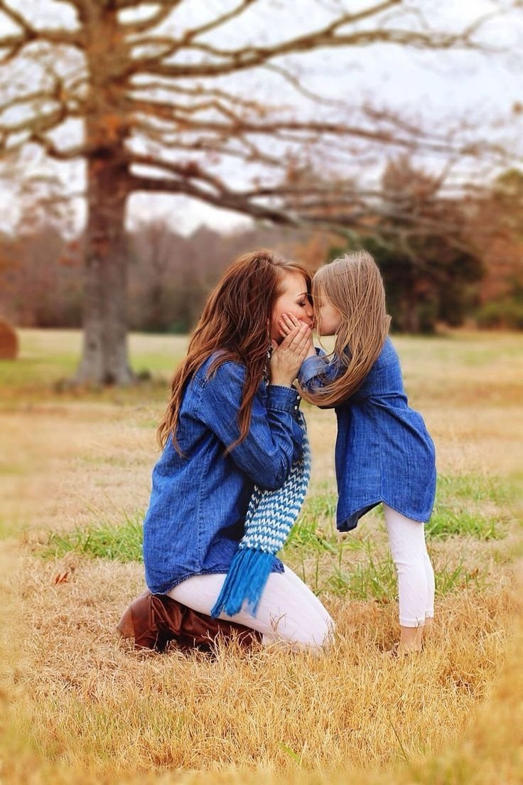 10 Spectacular Mother Daughter Photo Shoot Ideas 144 best mommy me photography images on pinterest family 2021