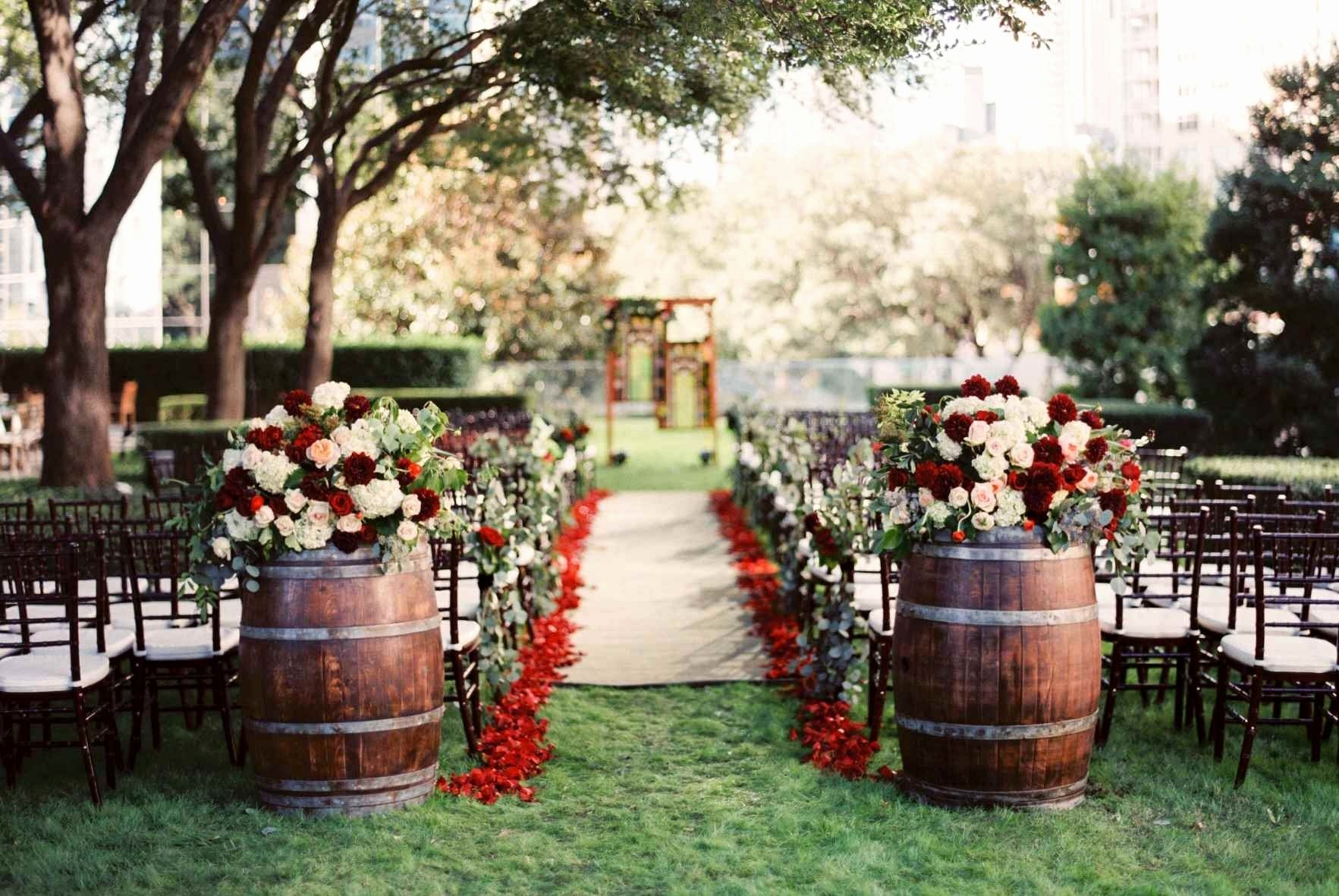 10 Amazing Country Wedding Ideas For Fall 15 Beautiful Outdoor Country  Wedding Ideas Wedding Idea