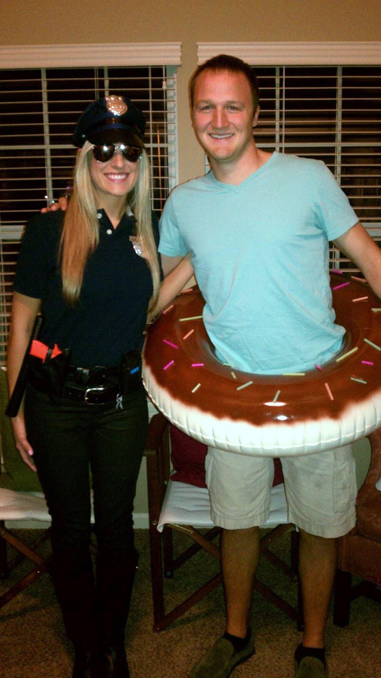 10 Perfect Couples Funny Halloween Costume Ideas 15 funny halloween costumes for couples costume ideas pinterest 1 2021