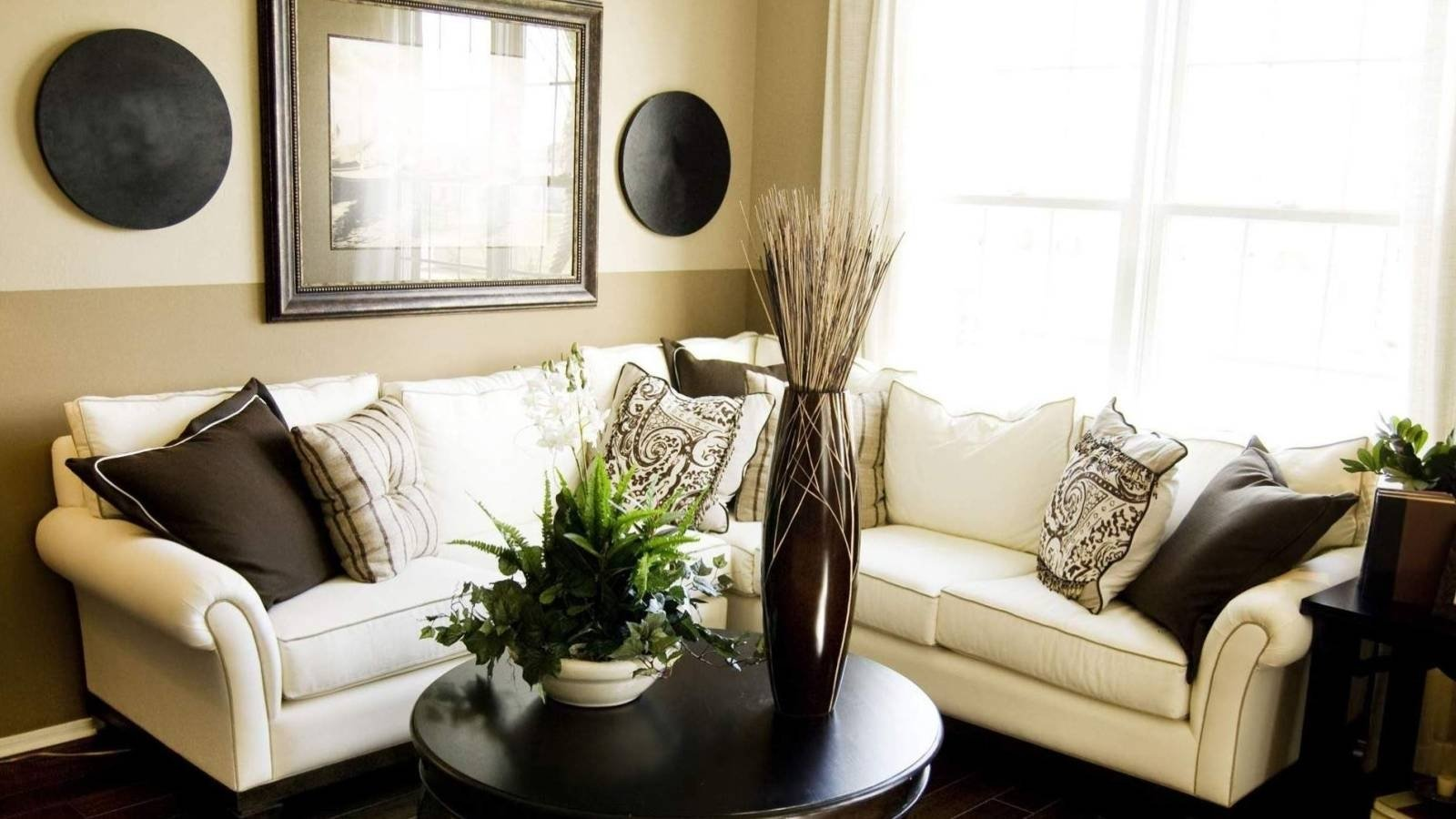10 Fabulous Decorating Ideas For A Small Living Room 17 amazing small living room decorating ideas for cozy home 2021