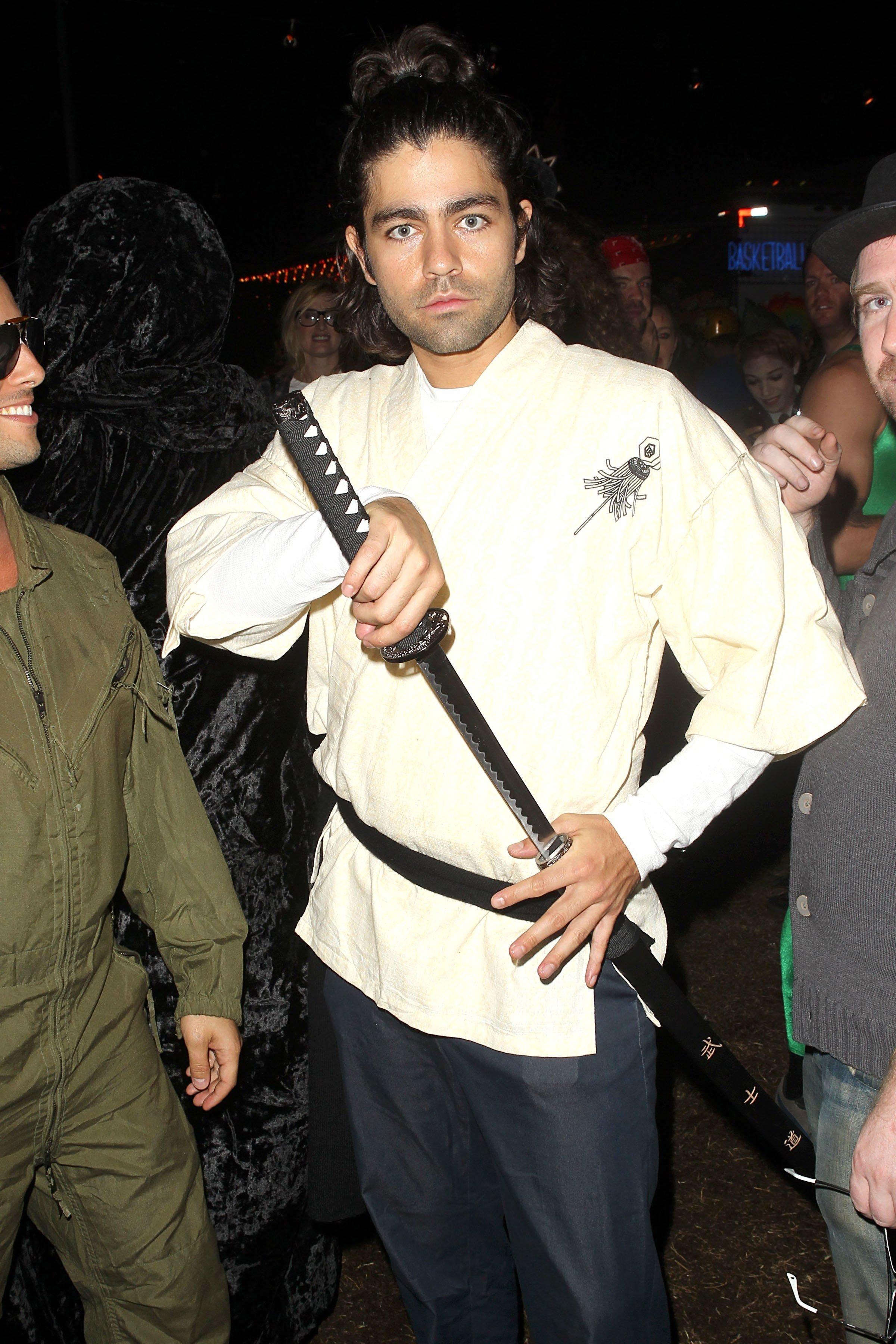 10 Most Popular Last Minute Costume Ideas For Men 18 last minute celebrity halloween costumes that werent half bad 6 2020