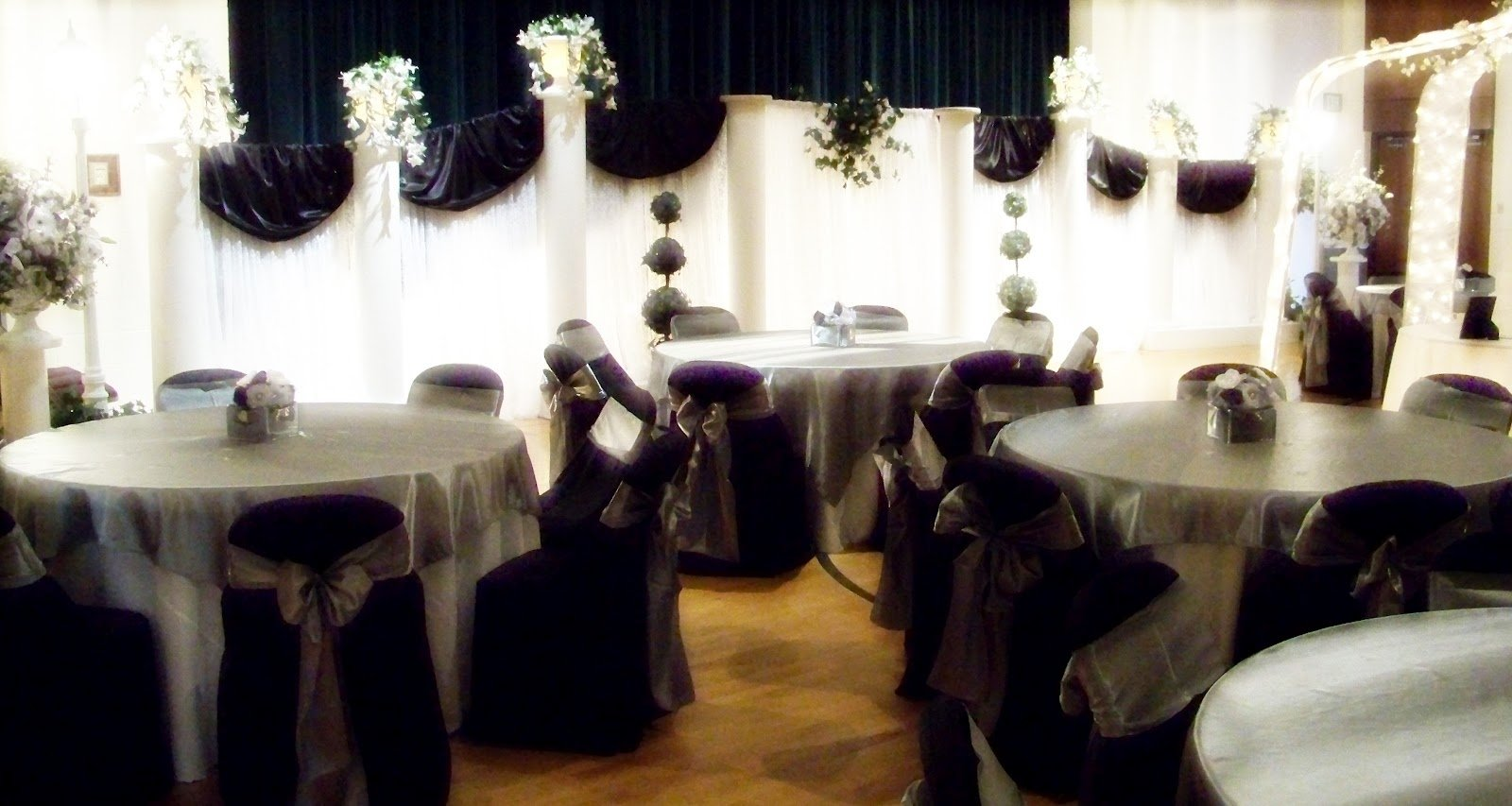 10 Trendy Black And Silver Wedding Ideas