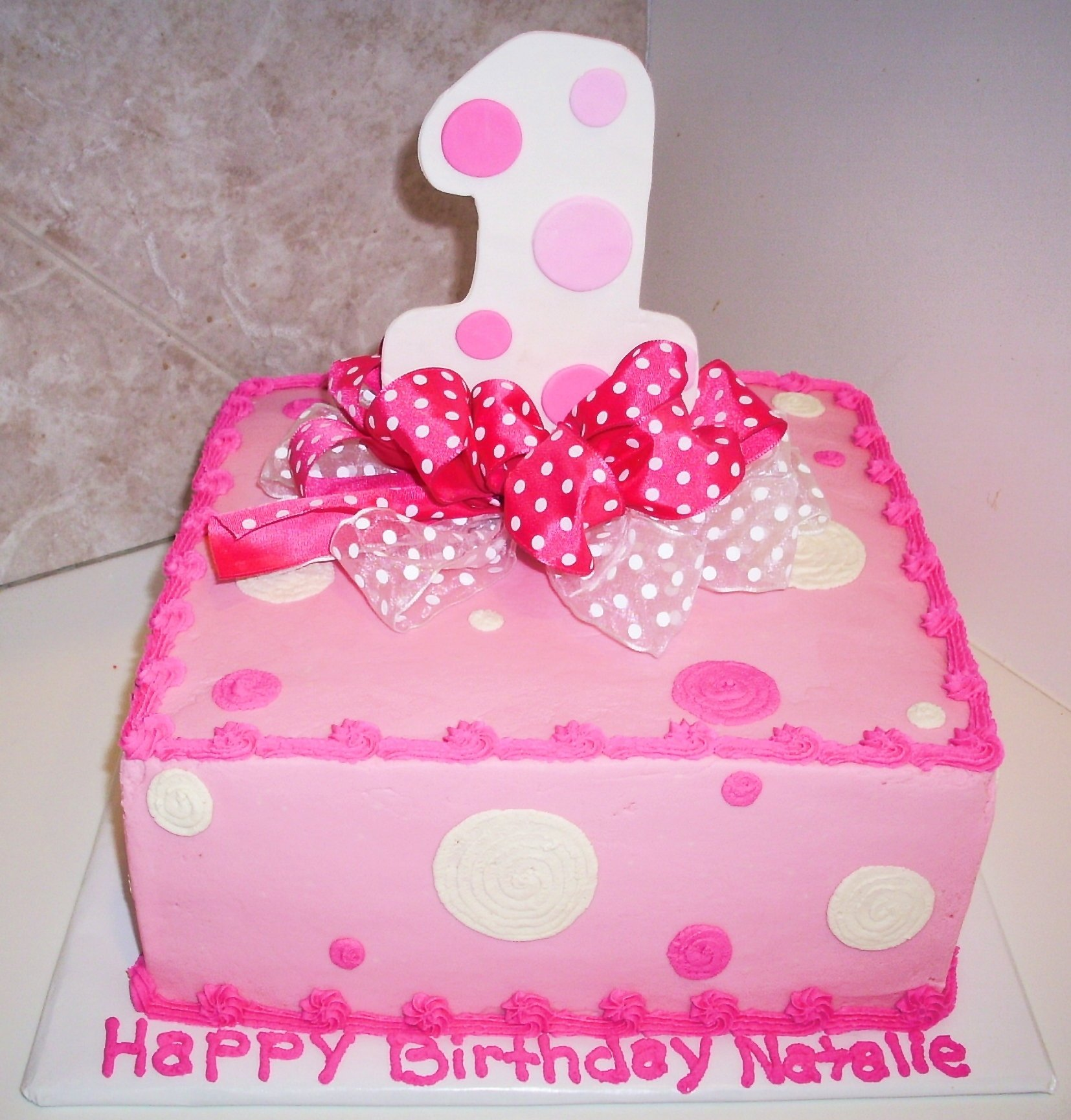 10 Most Popular First Birthday Cake Ideas For Girls 1st birthday cakes for girls pink bow cake pictures tips and 1 2020