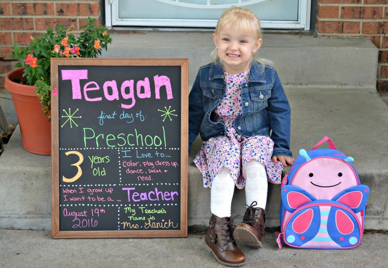 10 Most Popular Ideas For First Day Of School 1st day of school photos crafthubs 1 2021