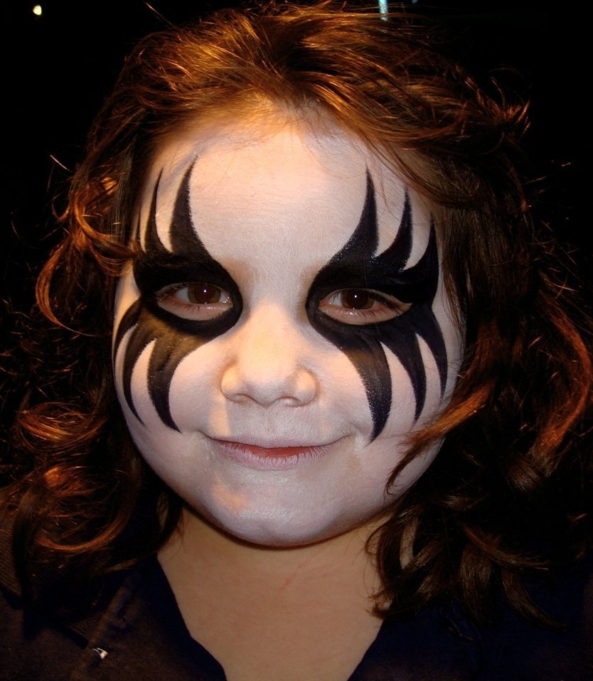 10 Fantastic Kids Halloween Face Painting Ideas 20 cool and scary halloween face painting ideas entertainmentmesh 4