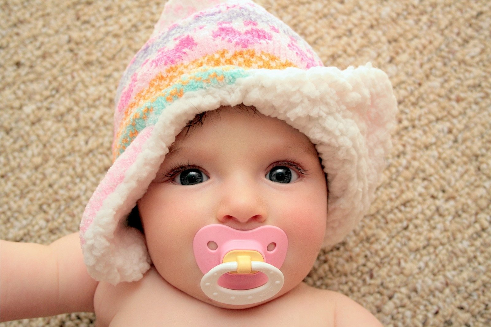 10 Attractive 4 Month Old Baby Picture Ideas 20 creative baby photography ideas 2020