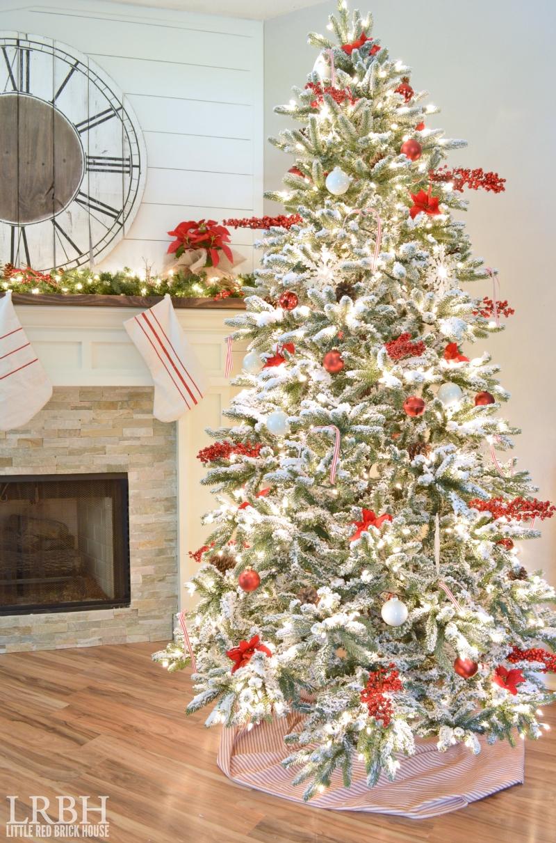 10 Elegant Flocked Christmas Tree Decorating Ideas 20 gorgeous christmas trees ella claire