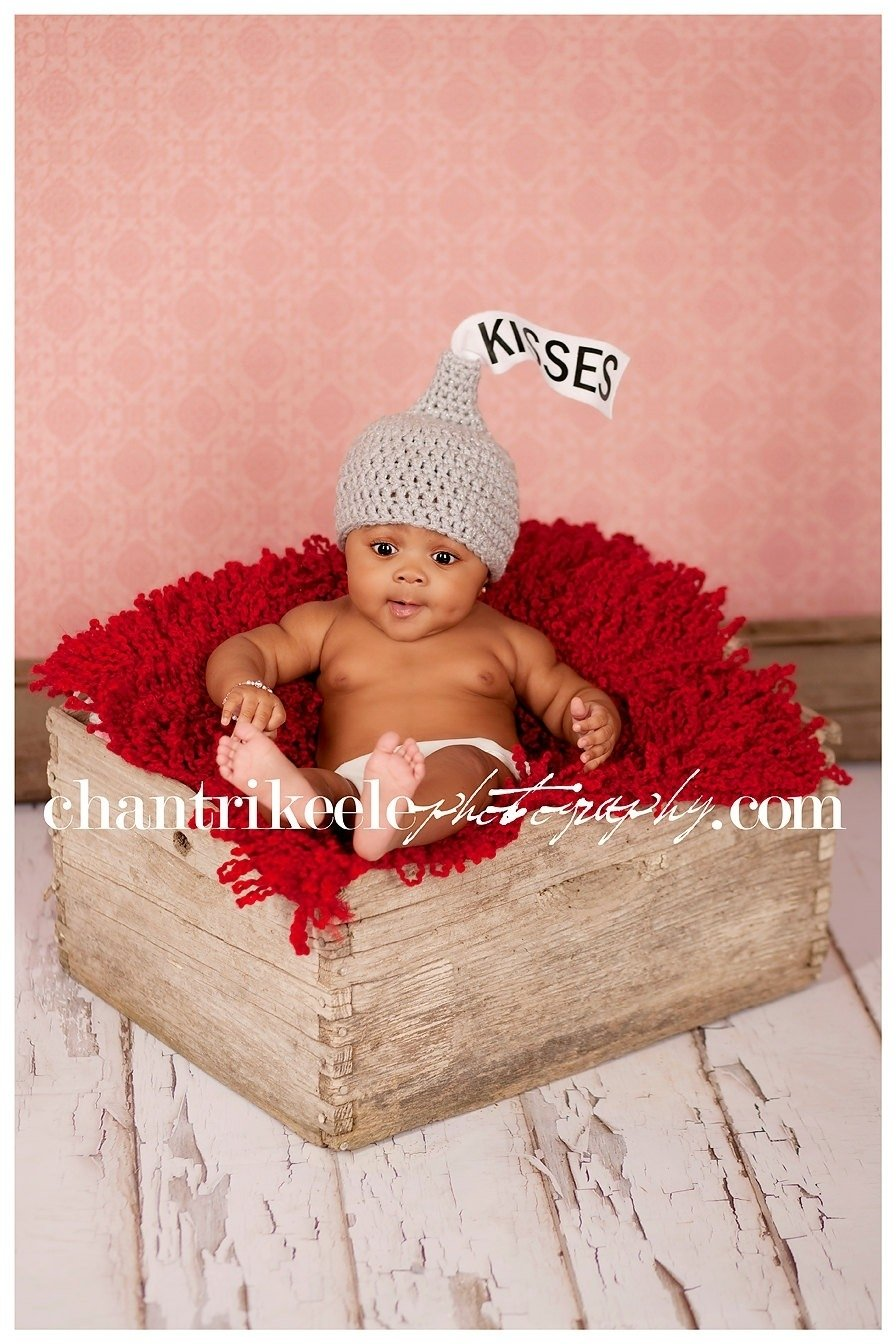 10 Fantastic Valentine Day Baby Photo Ideas 2016 valentines day chocolate kisses hat hershey kiss photo prop 2020