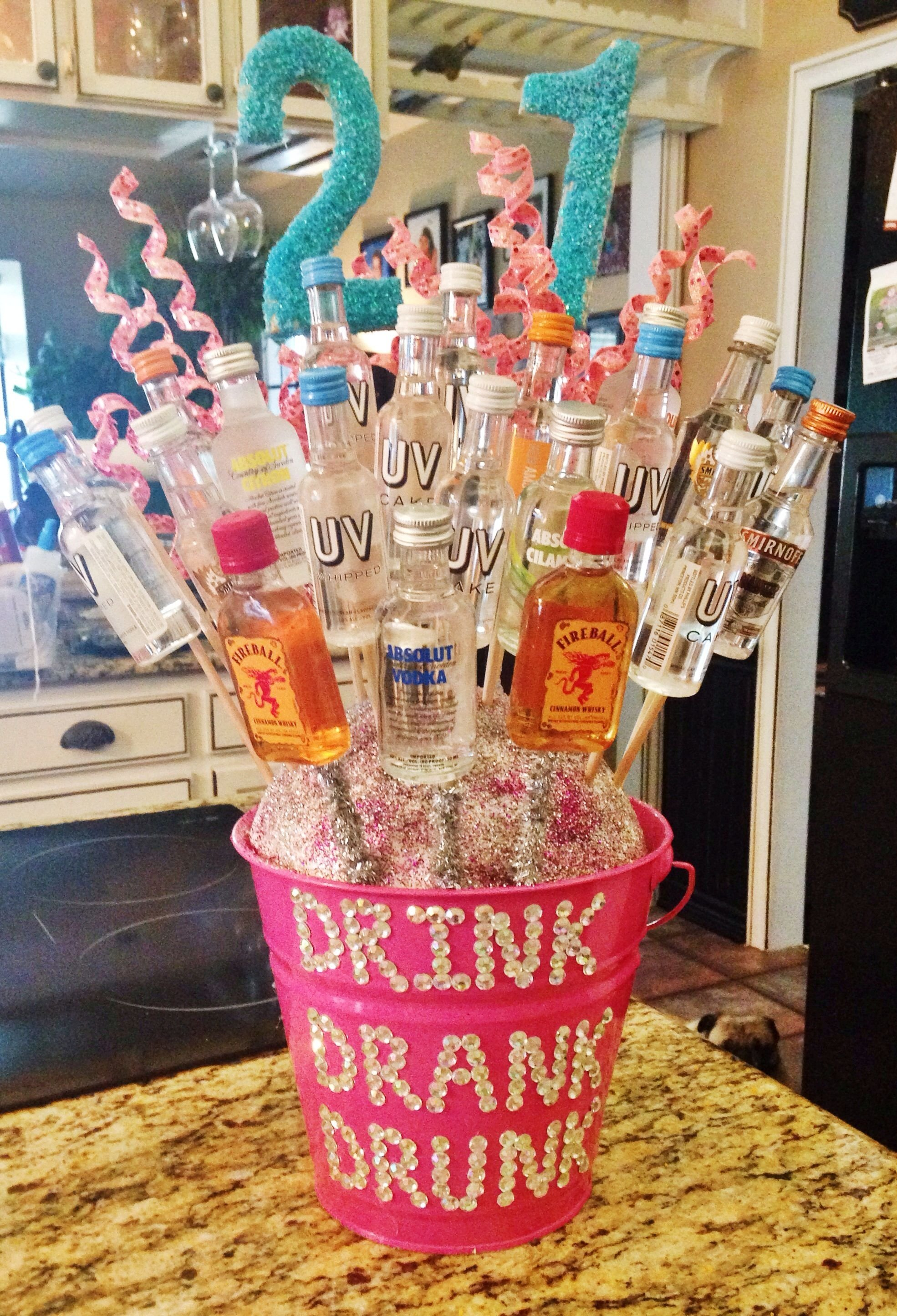 21st alcohol bouquet i made for my best friend! | diy | pinterest