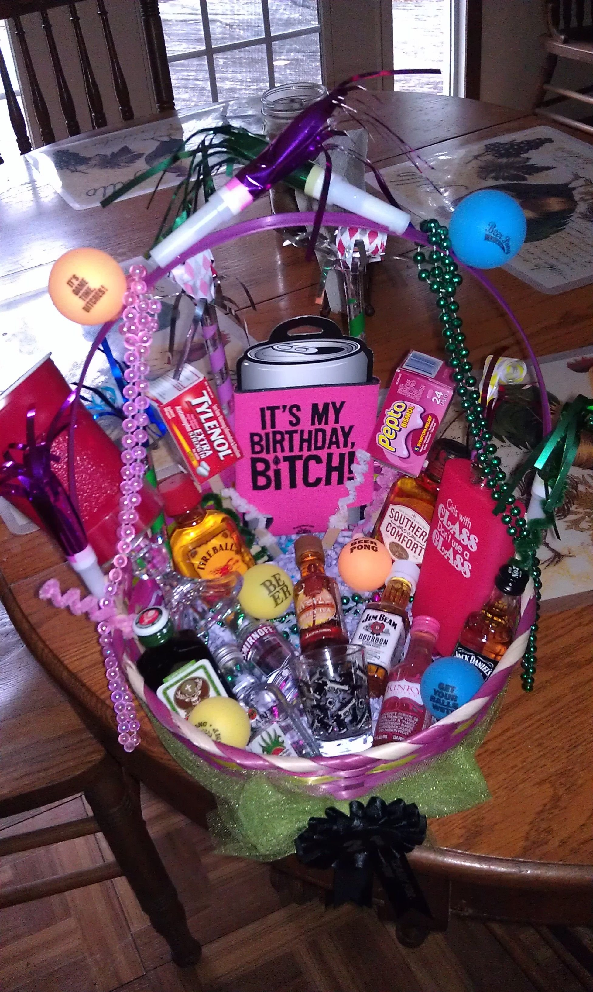 21st birthday basket i want this i love it someone make this for me