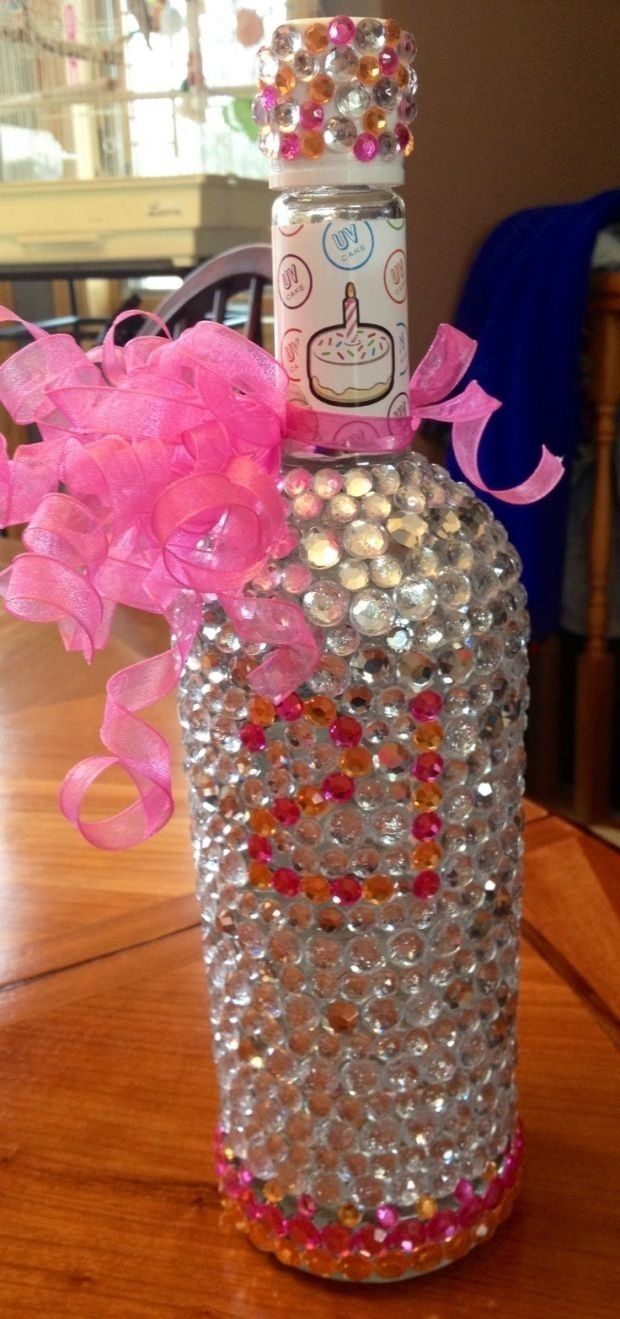 10 Stylish 21St Birthday Party Ideas For Her 21st Gifts Presents