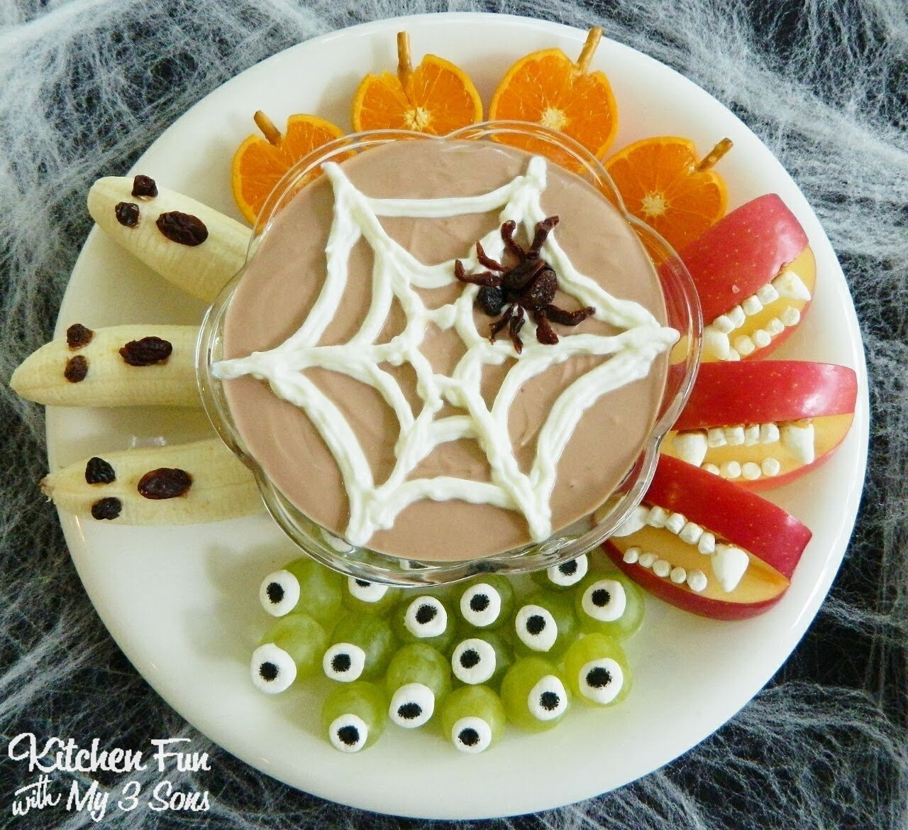 10 Cute Halloween Treat Ideas For Kids 22 of the best healthy halloween snack ideas for kids 2 2020