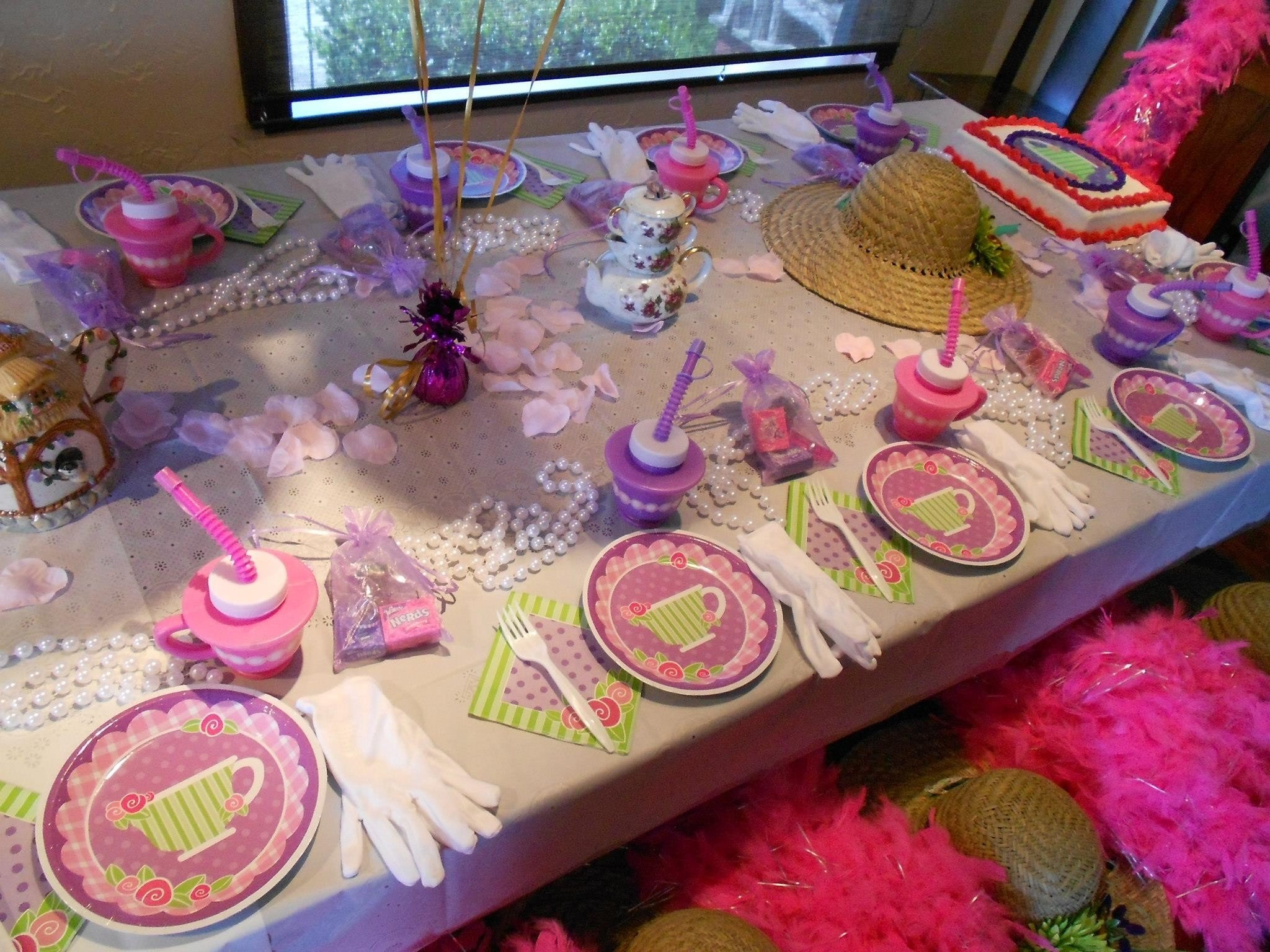 10 Fashionable Tea Party Birthday Party Ideas