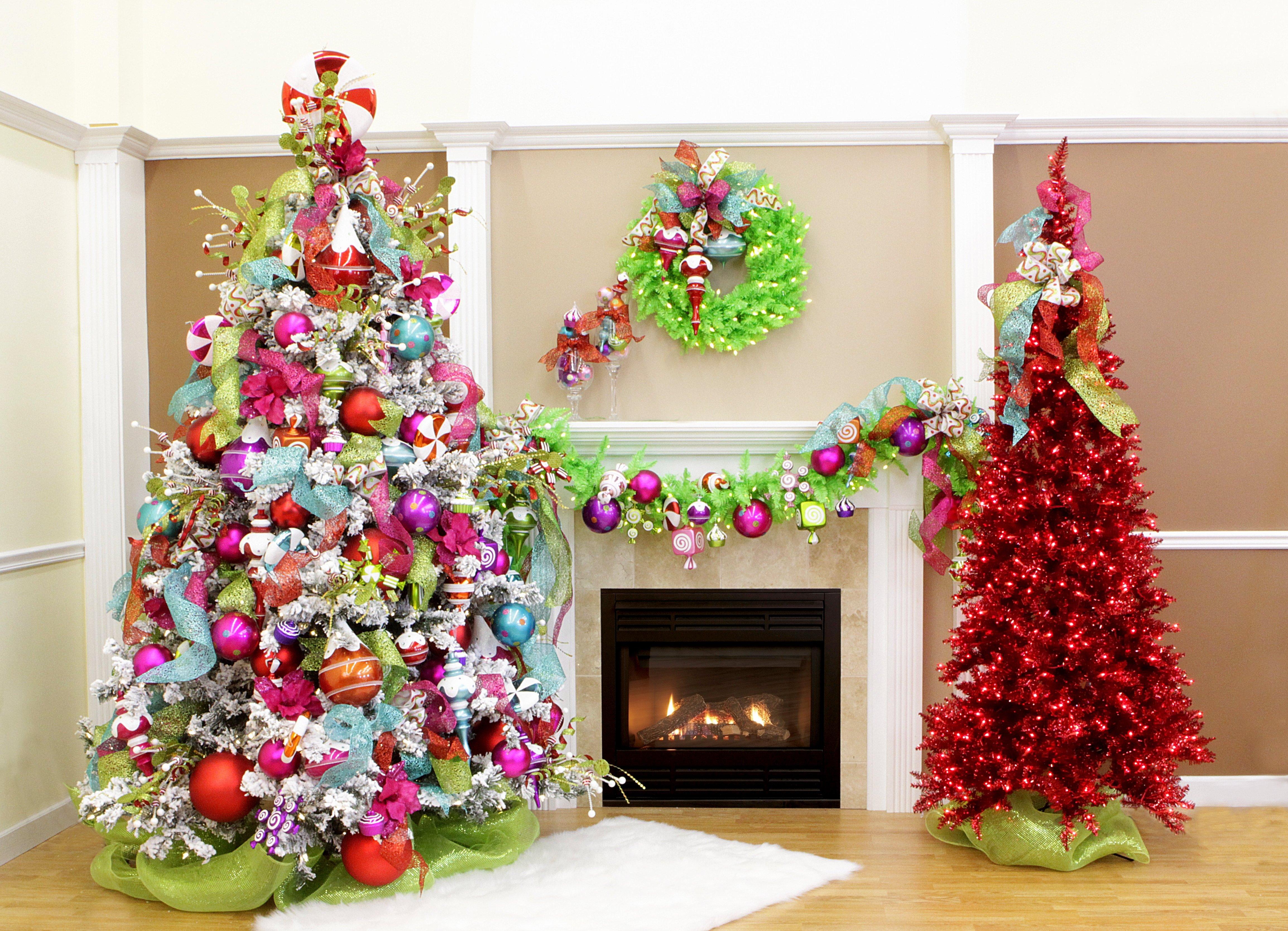 10 Pretty Unique Christmas Tree Decorating Ideas 24 cool christmas tree decorating ideas dma homes 30386