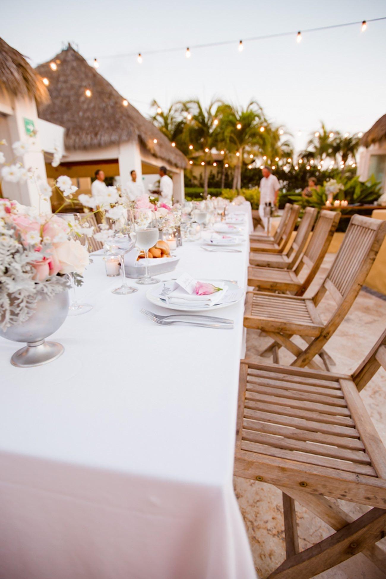 10 Wonderful Ideas For A Beach Wedding %name 2021