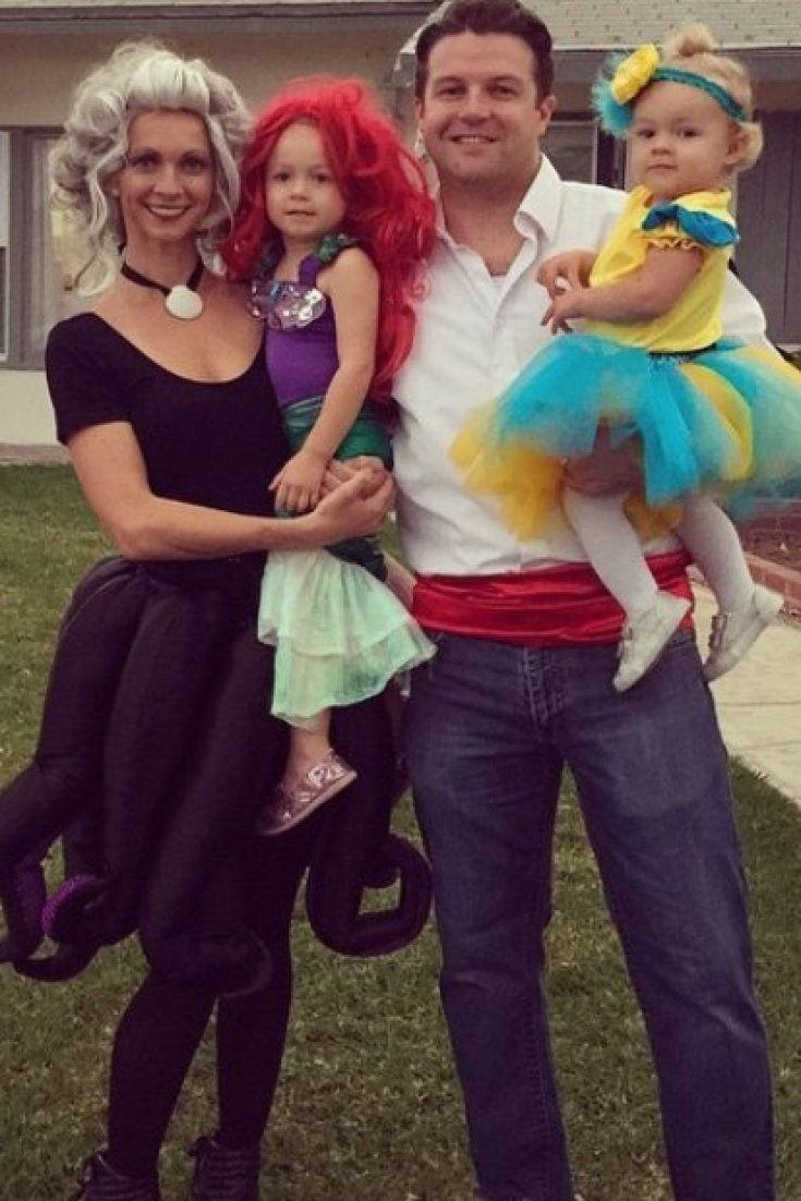 10 Fashionable Family Costume Ideas With Baby  sc 1 st  Unique Ideas 2018 & 10 Wonderful Family Costume Ideas With Baby
