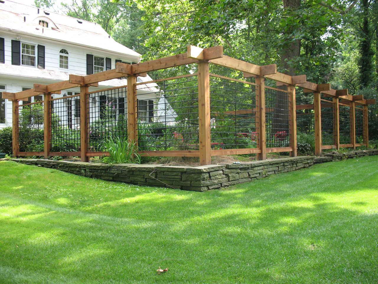 10 Fantastic Garden Fence Ideas To Keep Deer Out 25 ideas for decorating your garden fence diy garden diy 2020