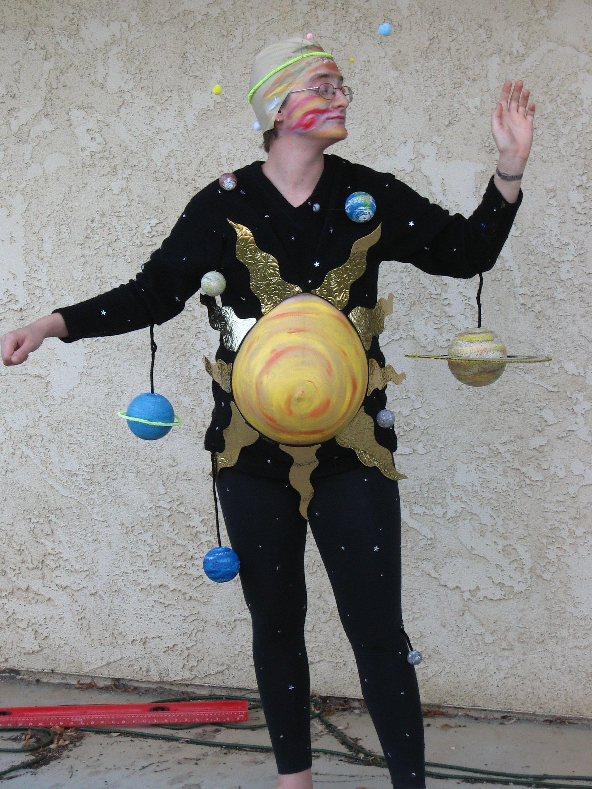 10 Fabulous Funny Pregnant Halloween Costume Ideas 25 pregnancy halloween costume ideas halloween costumes costumes 2020
