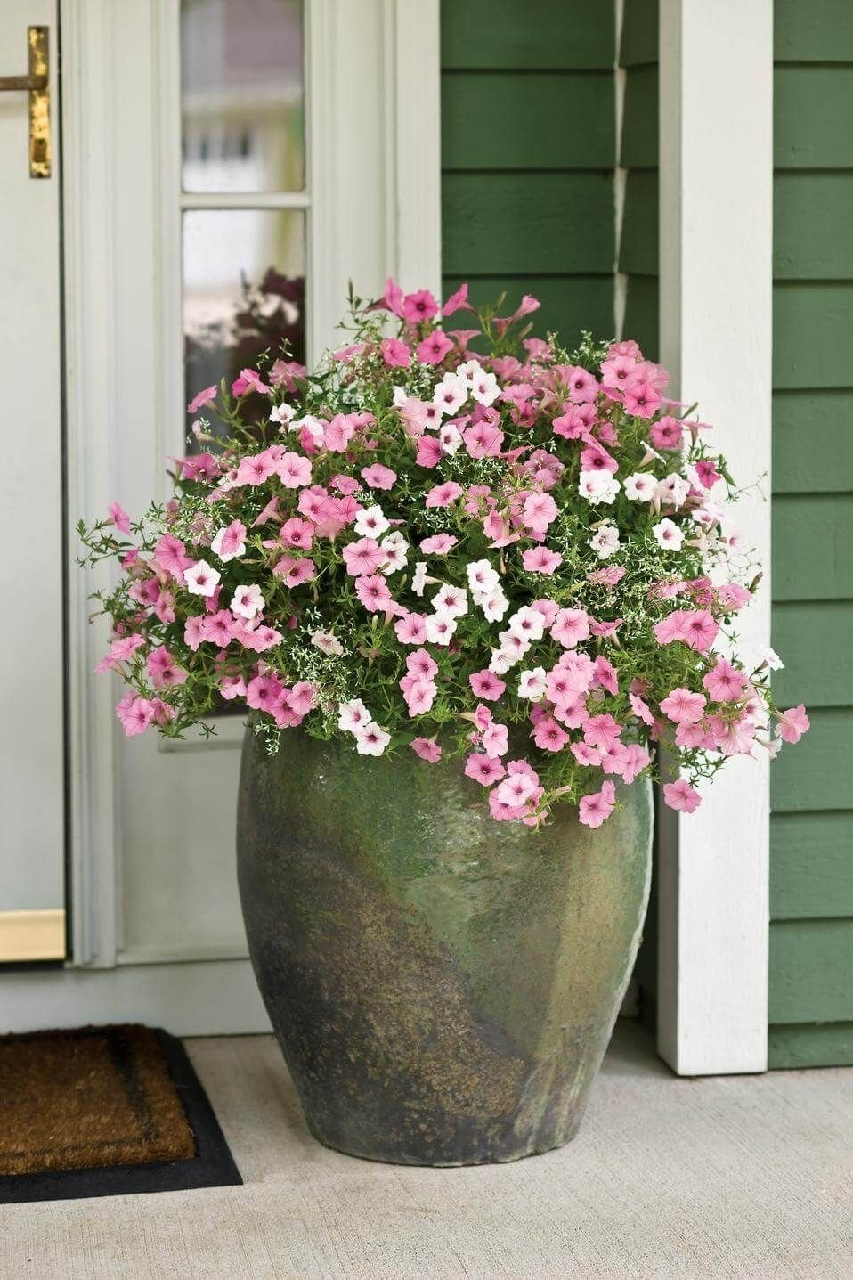 10 Fashionable Flower Pot Ideas For Front Porch 29 pretty front door flower pots that will add personality to your 1 2021