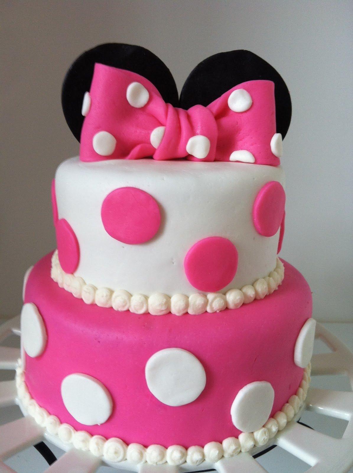 10 Amazing Little Girl Birthday Cake Ideas