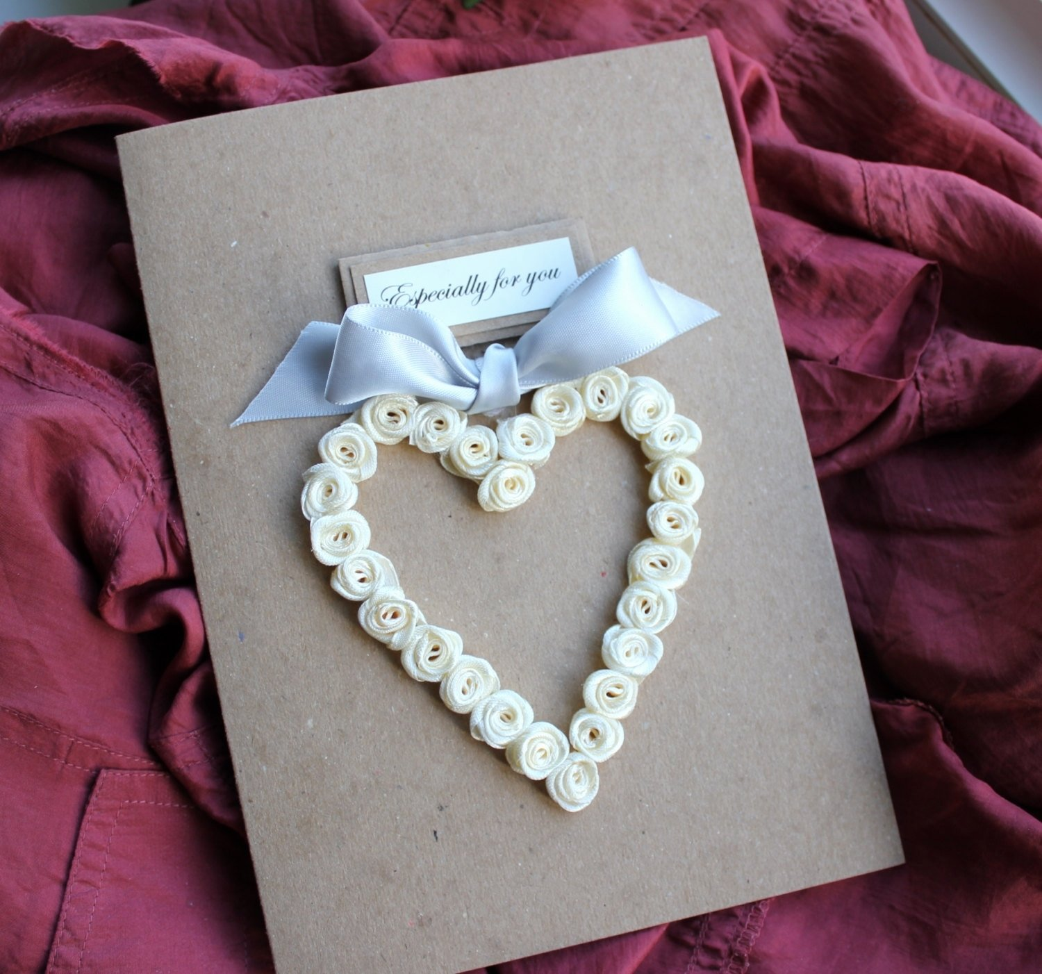 10 Awesome 2nd Year Anniversary Gift Ideas For Her