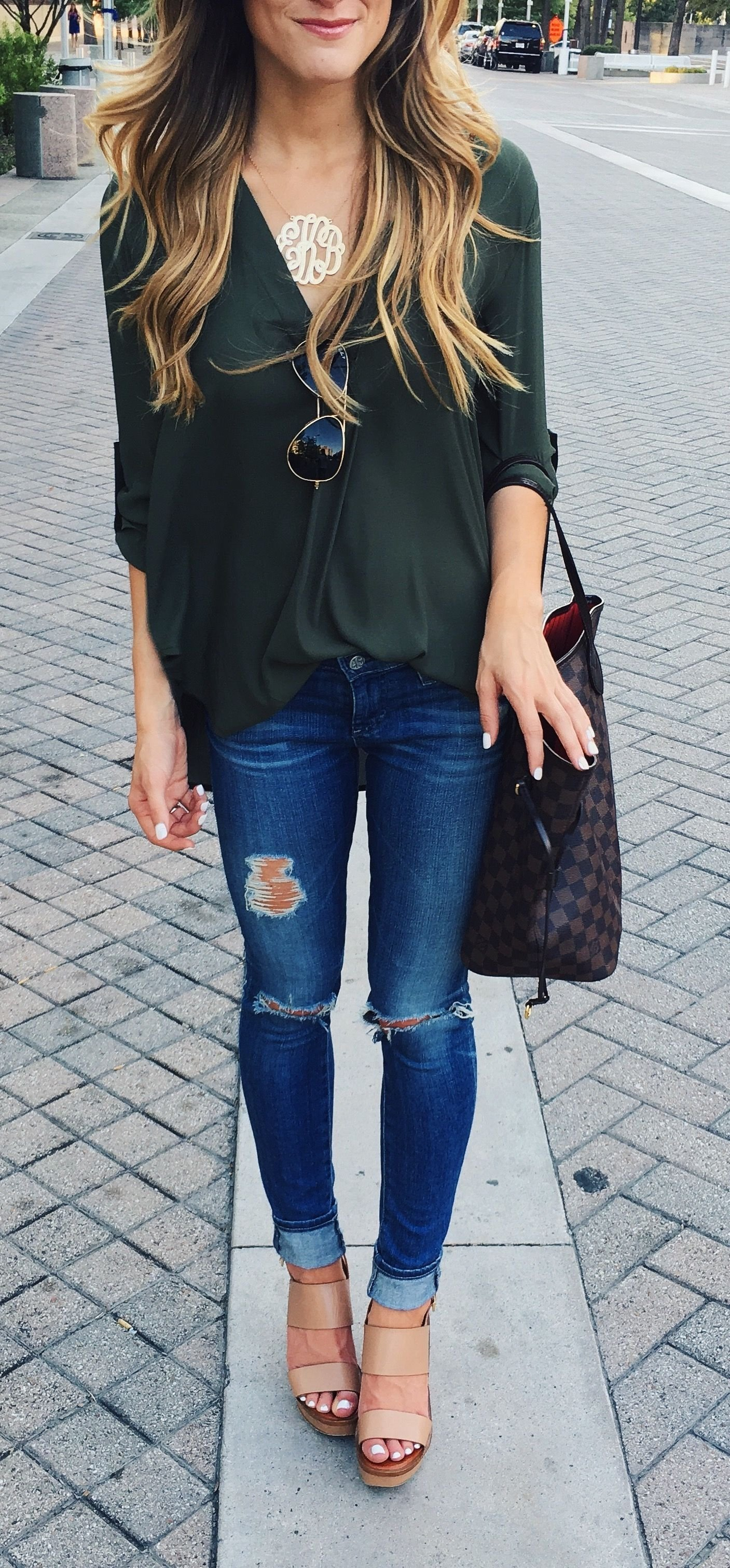 10 Cute Cute Outfit Ideas With Jeans 3 reasons to love it 3 ways to wear it simple fall outfits 2020
