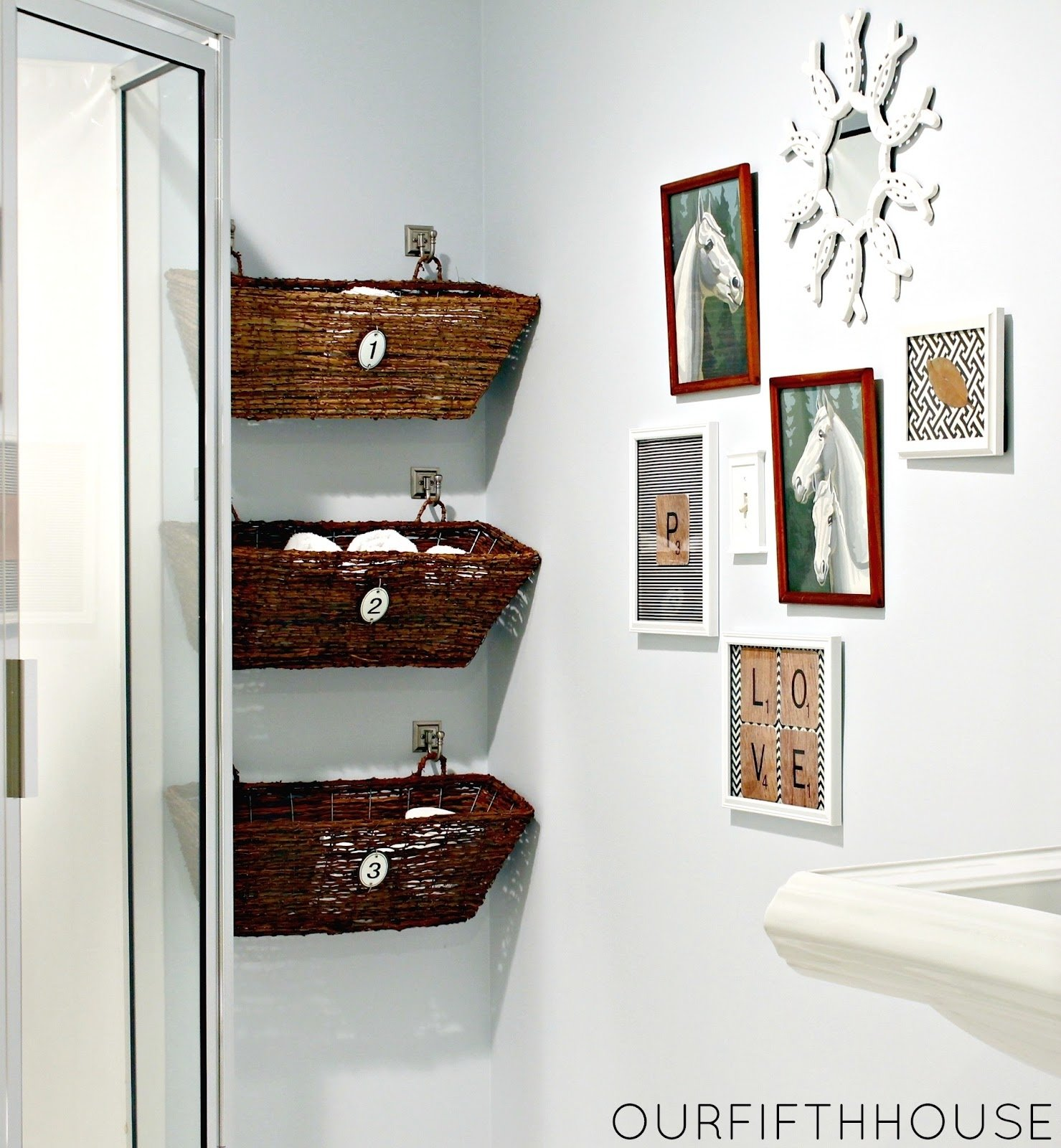 10 Stunning Storage Ideas For Small Bathrooms 3 simple small bathroom storage ideas blogbeen 1 2020