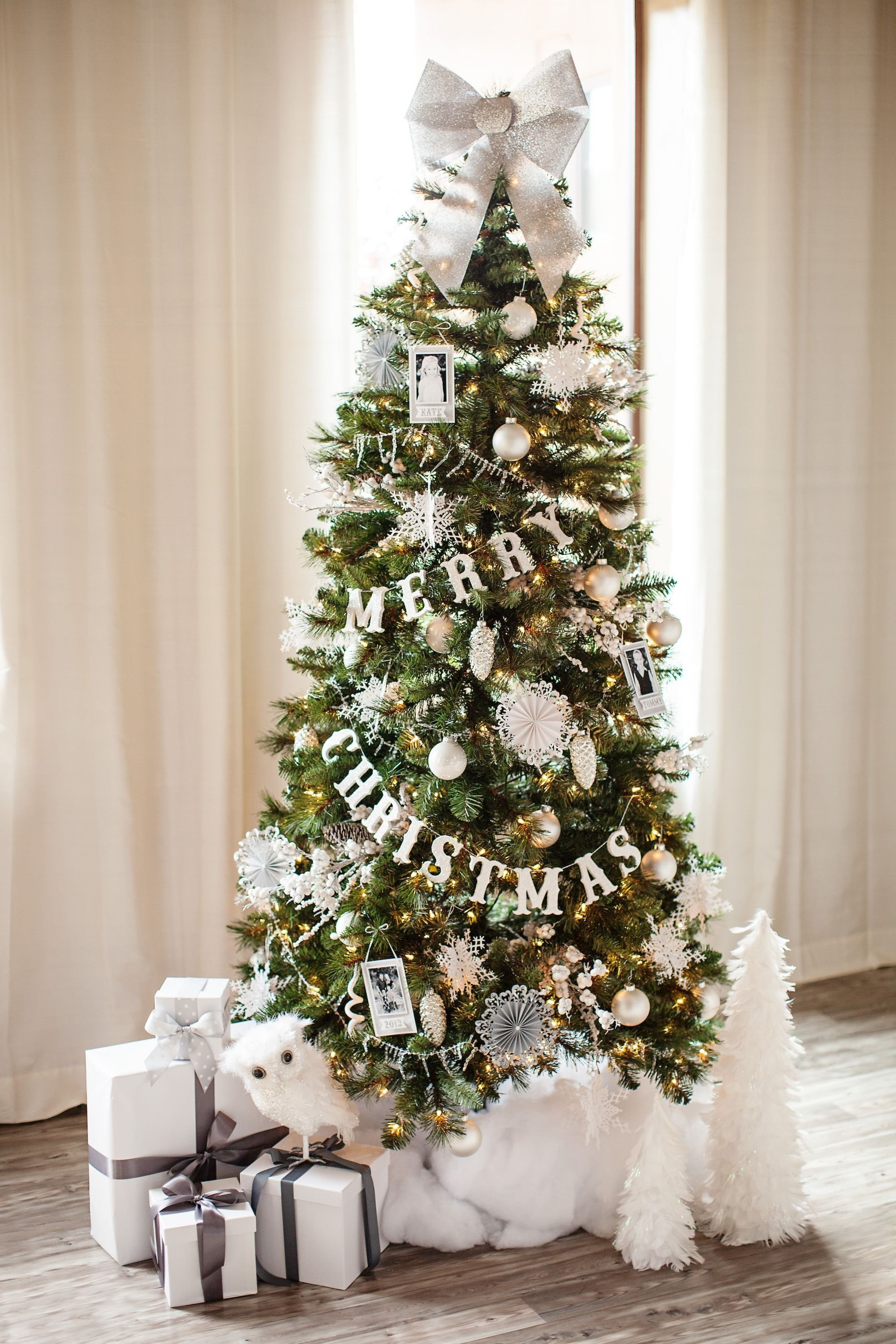 10 Ideal Ideas For Decorating Christmas Trees 30 beautiful christmas tree decoration ideas 2017 4 2020