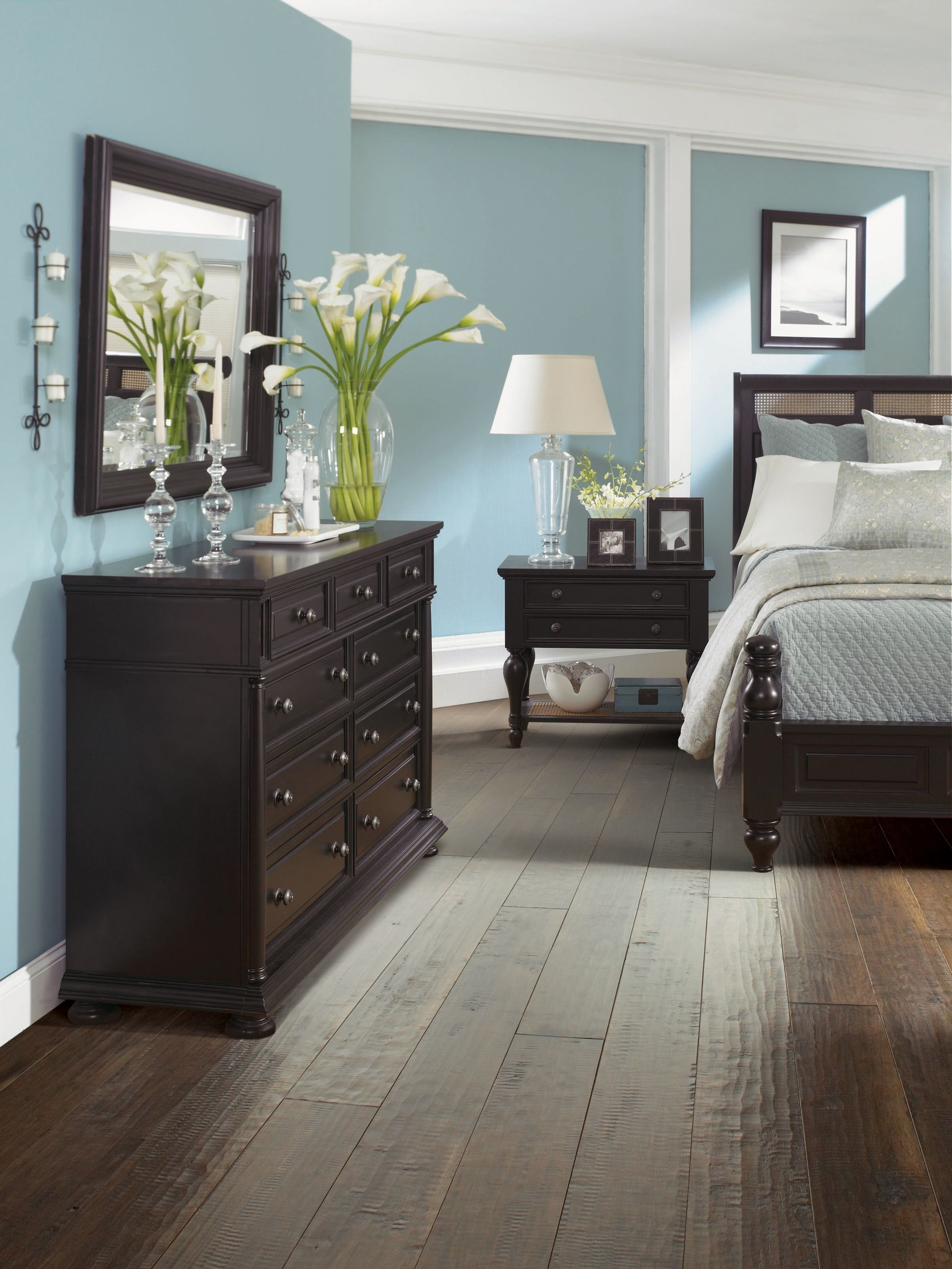 10 Elegant Blue And Brown Bedroom Ideas 30 wood flooring ideas and trends for your stunning bedroom black 2020