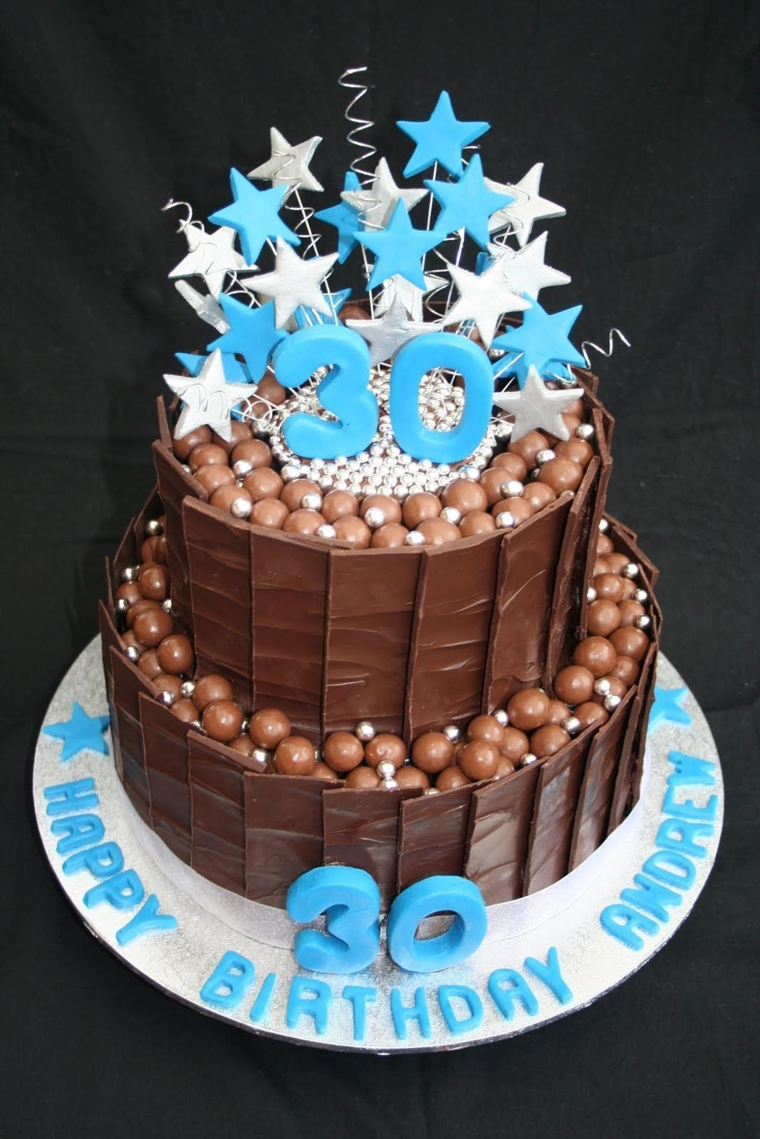 10 Stylish Easy Birthday Cake Ideas For Men 30th birthday cakes leonies cakes and parties 30th 3 2020