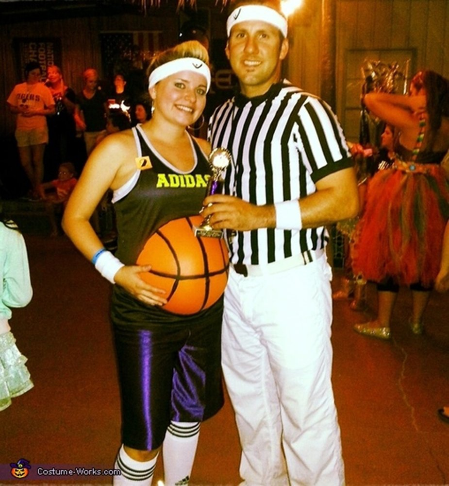 10 Stylish Good Costume Ideas For Couples 31 adorable ways to dress for two if youre pregnant this halloween 2 2020