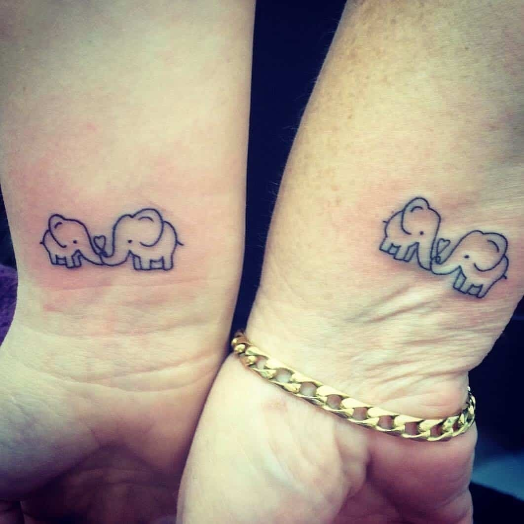 10 Attractive Cute Tattoo Ideas For Moms 33 mother daughter tattoos marking an unbreakable bond ritely