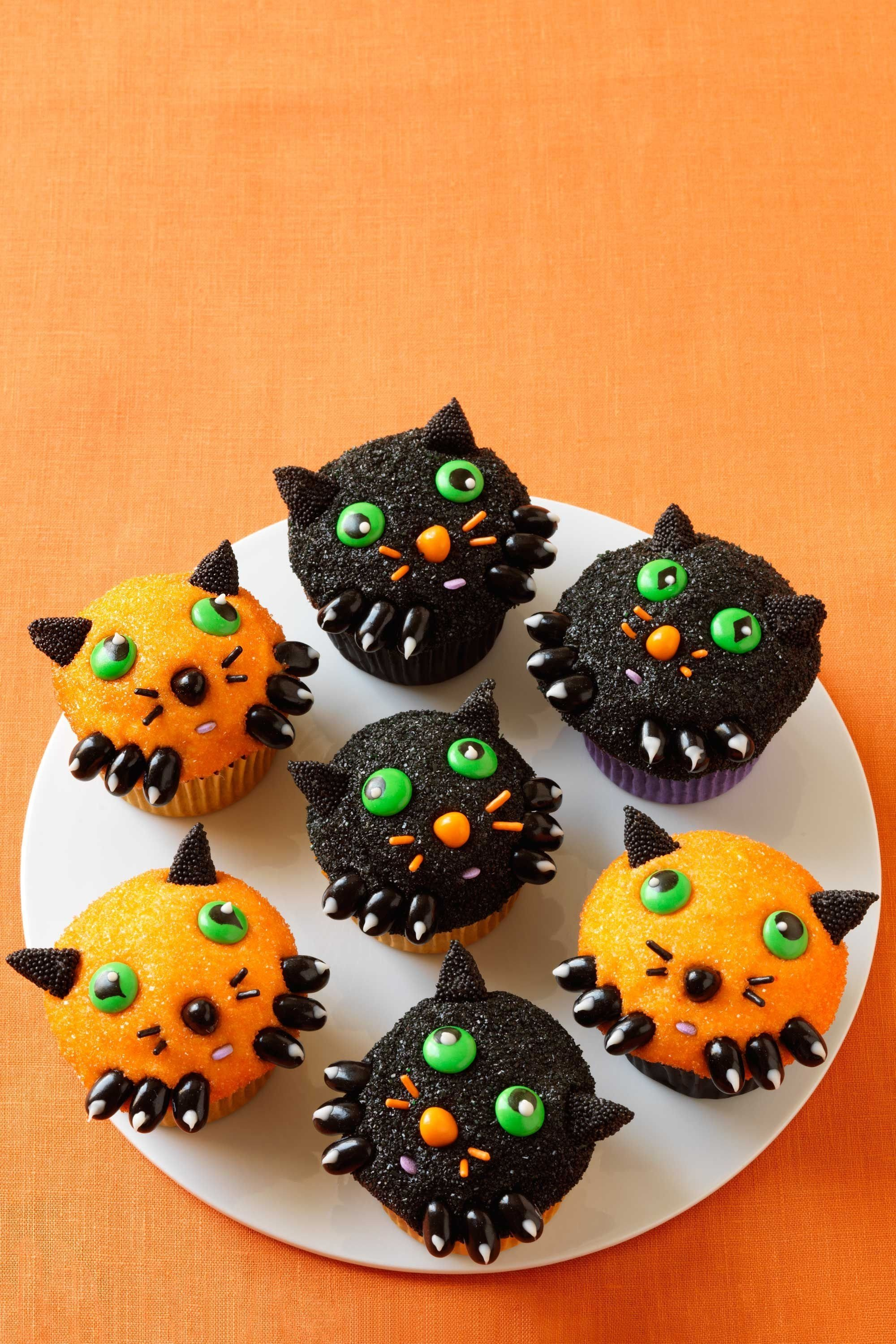 10 Elegant Halloween Cake Ideas For Kids 35 halloween cupcake ideas recipes for cute and scary halloween 2020
