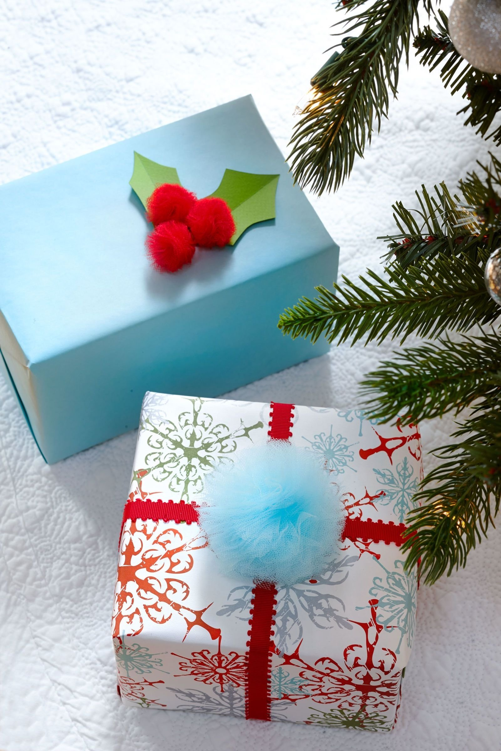 10 Unique Gift Wrapping Ideas For Christmas 35 unique christmas gift wrapping ideas diy holiday gift wrap