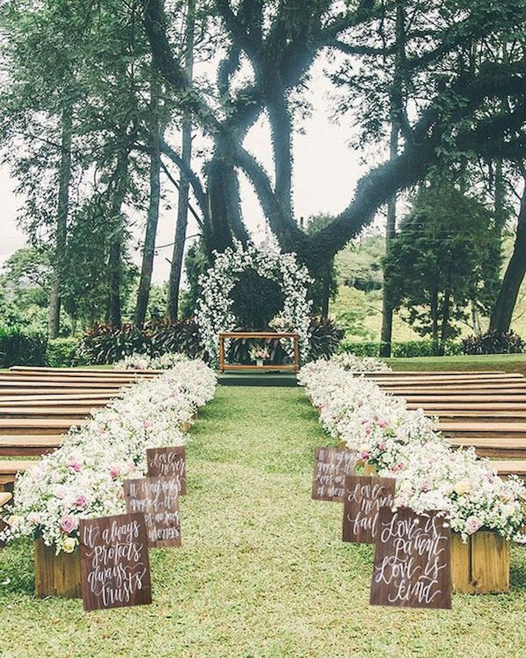 10 Awesome Outdoor Wedding Ideas For Fall 36 amazing fall outdoor wedding ideas on a budget bitecloth 2021